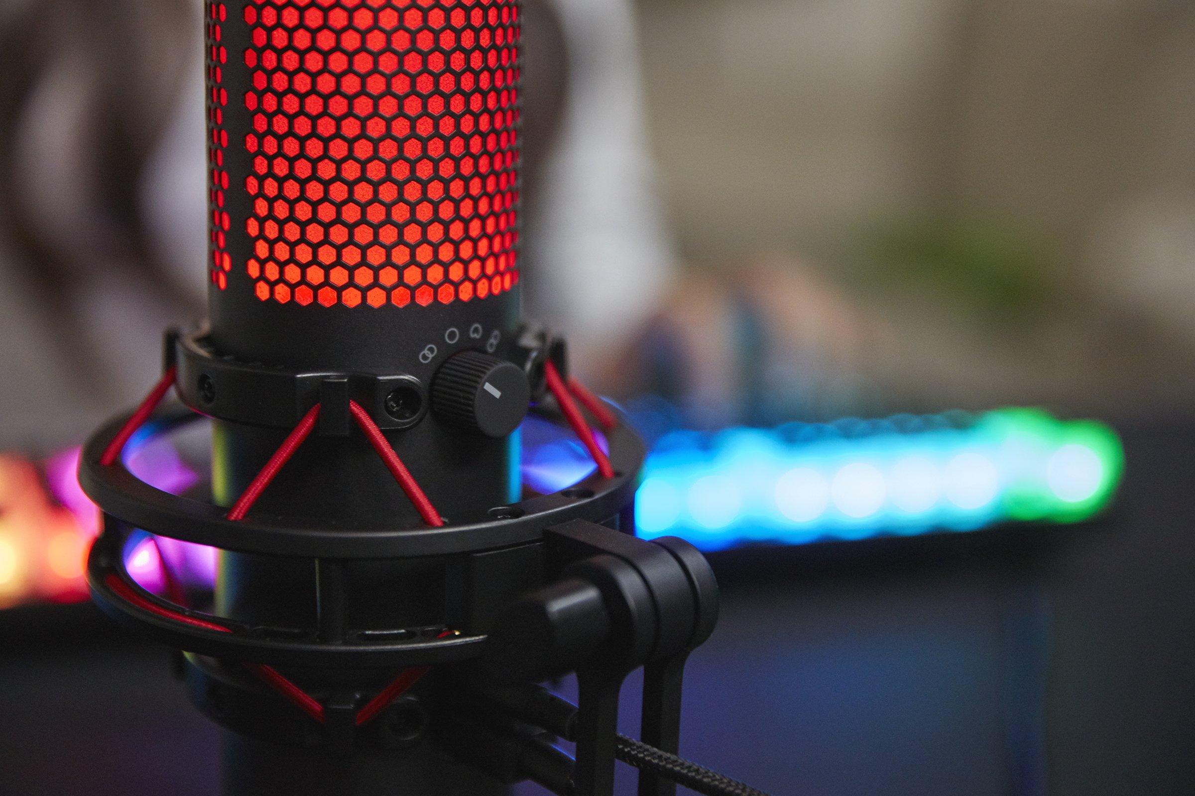 HyperX QuadCast trafił do polskich sklepów. To nowy mikrofon gamingowy dla streamerów i komentatorów 22