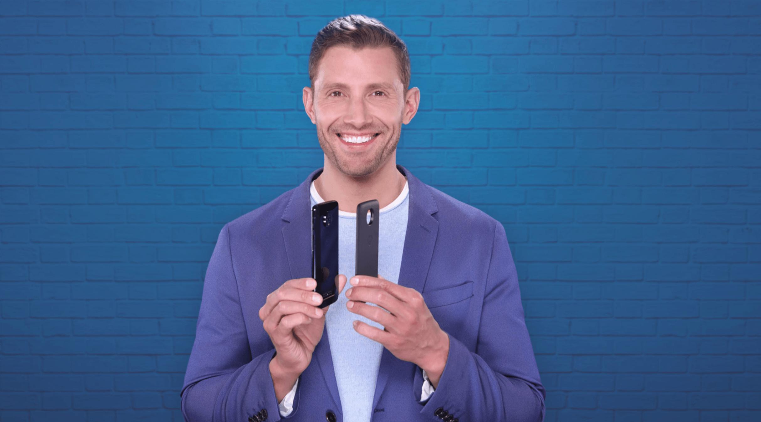 Szalona promocja w Play! Motorola Z3 Play taniej o 700 zł, a do tego aż 3 Moto Modsy gratis! 23