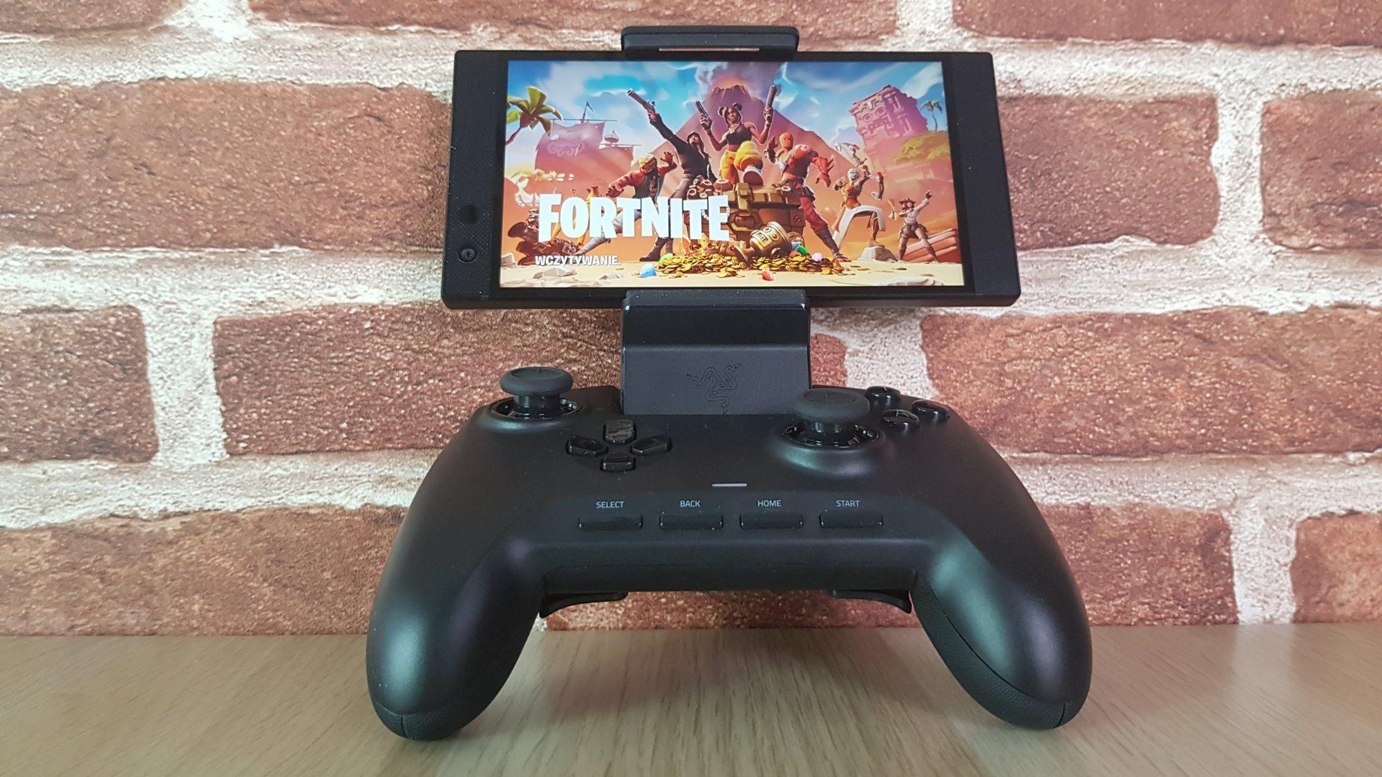 Razer Phone 2 + gamepad Raiju Mobile. Czy to idealny duet dla graczy?