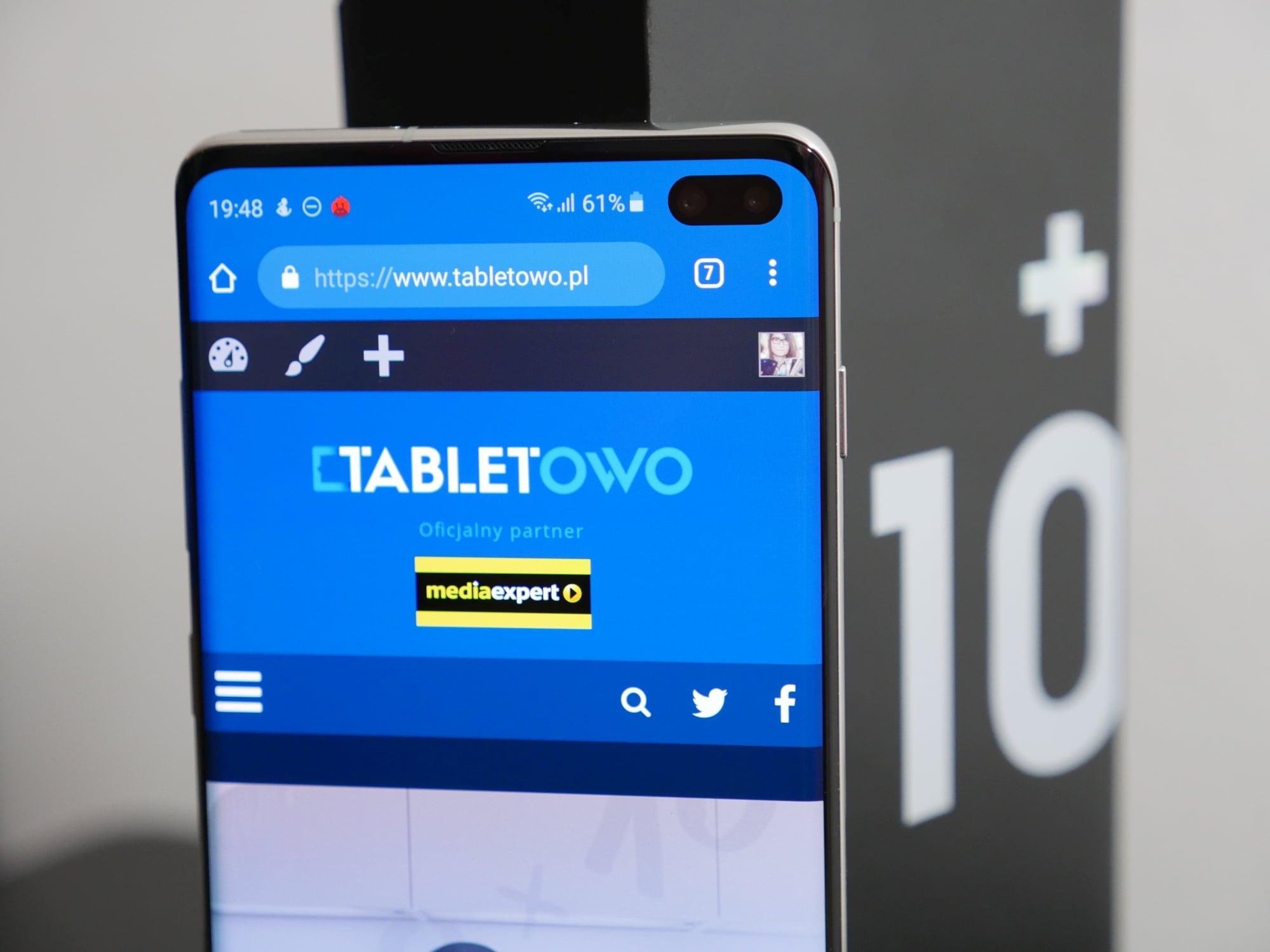 Samsung Galaxy S11 w aż pięciu różnych wersjach i... w żadnej nie będzie płaskiego ekranu? 19