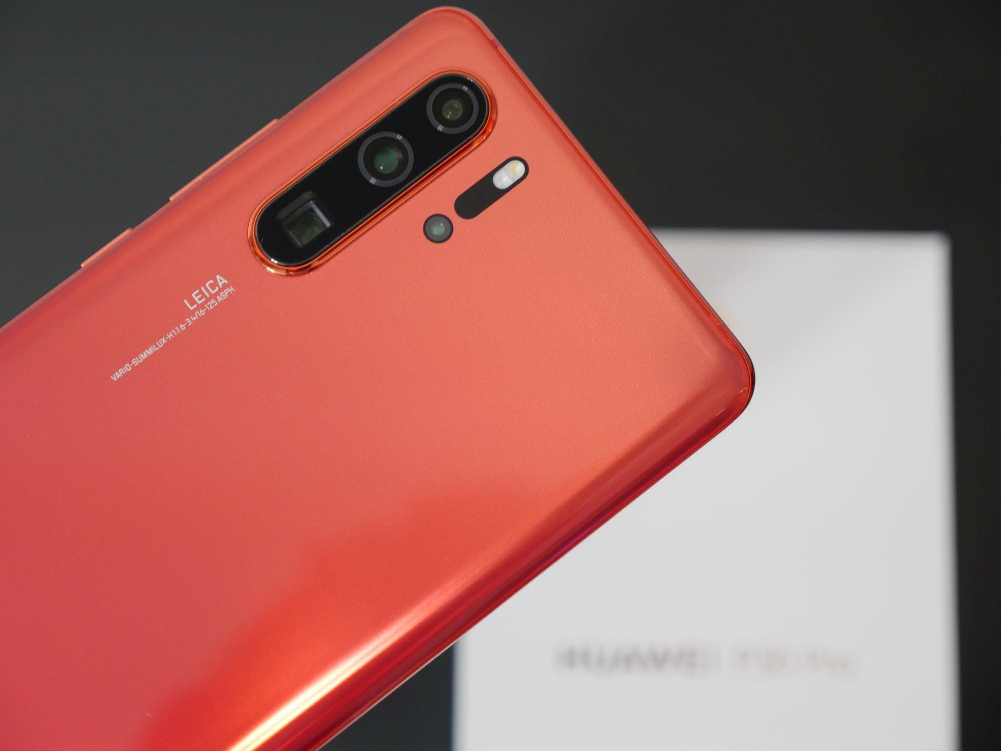 Huawei przez USA zredukował zamówienia na smartfony (AKTUALIZACJA)