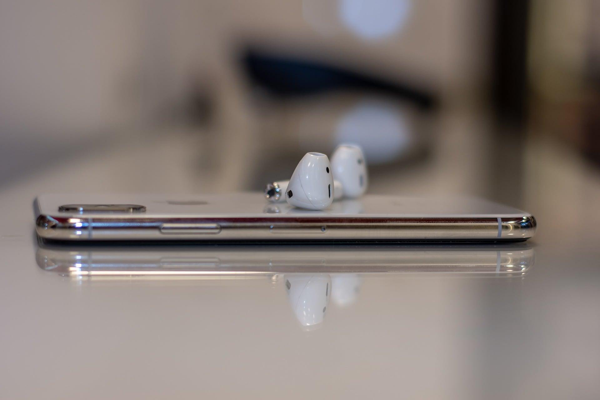 Apple AirPods 3 w 2019 roku? Podobno premiera nowych słuchawek jużniebawem 17