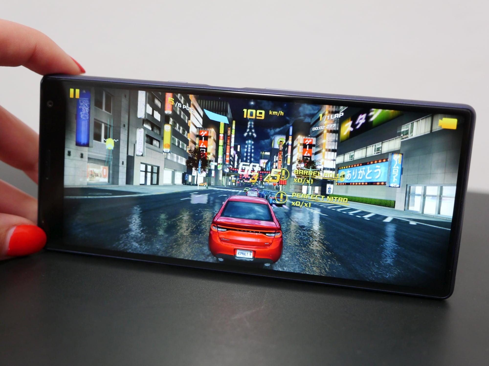 Sony Xperia 10 Plus - intrygujący i ciekawy smartfon z ekranem 21:9 dla pożeraczy multimediów (recenzja) 26