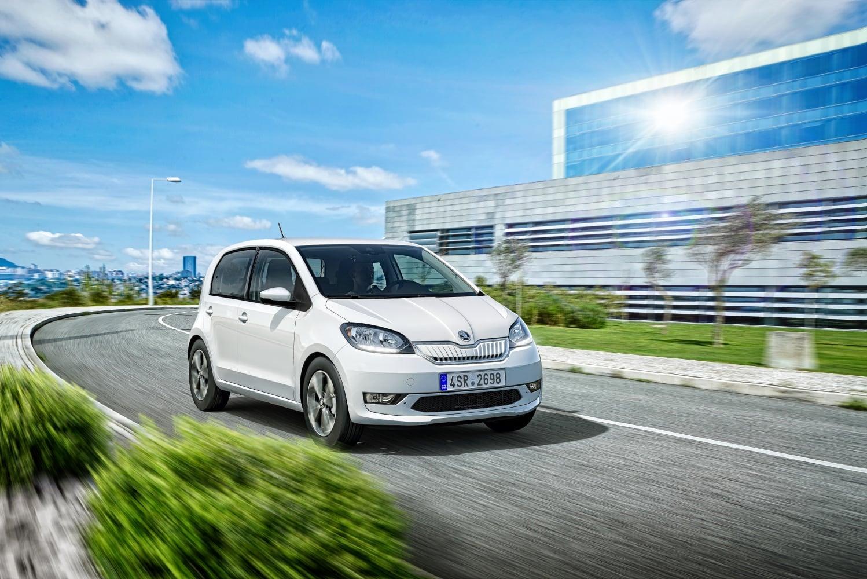 Dopłaty do samochodów elektrycznych w Polsce nie okazały się sukcesem 27