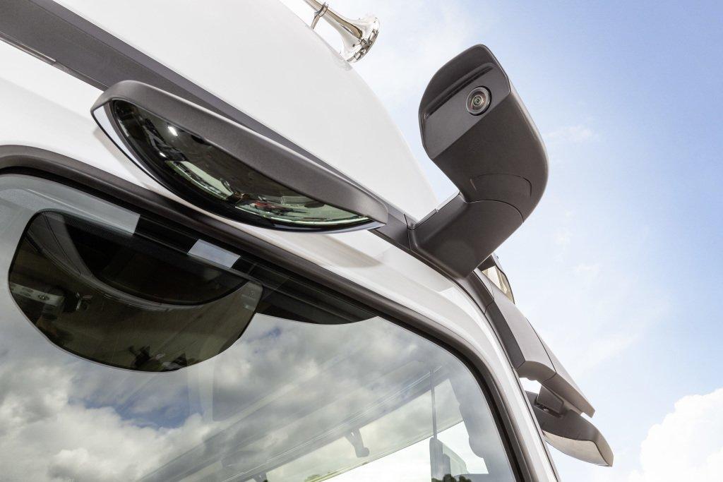 Nowy Mercedes Actros, czyli ciężarówka skomputeryzowana do granic możliwości