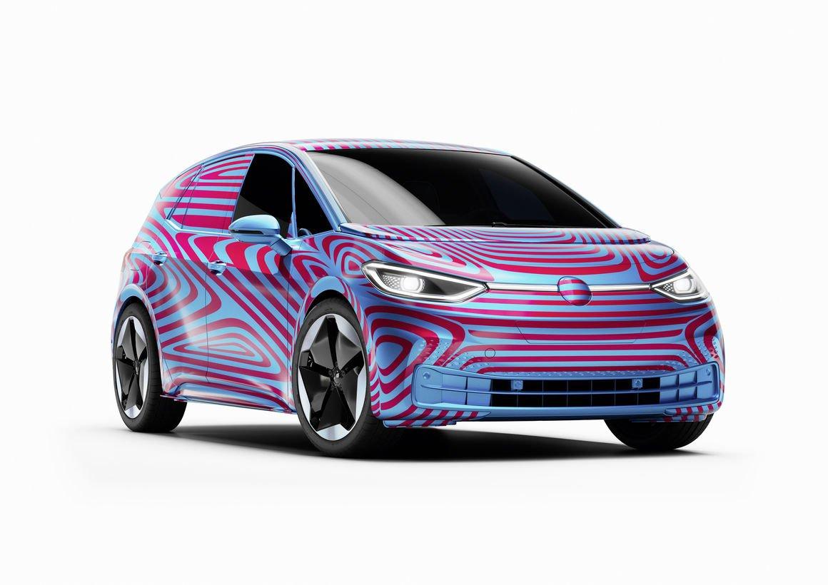 Pierwsza w Polsce internetowa przedsprzedaż samochodu
