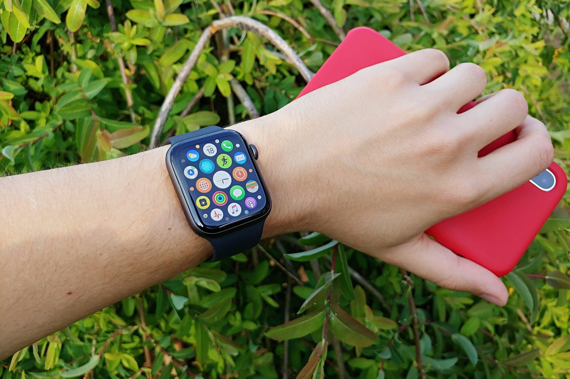 Apple Watch sprzedaje się coraz lepiej. Samsung i Fitbit o takich wynikach mogą tylko pomarzyć 26
