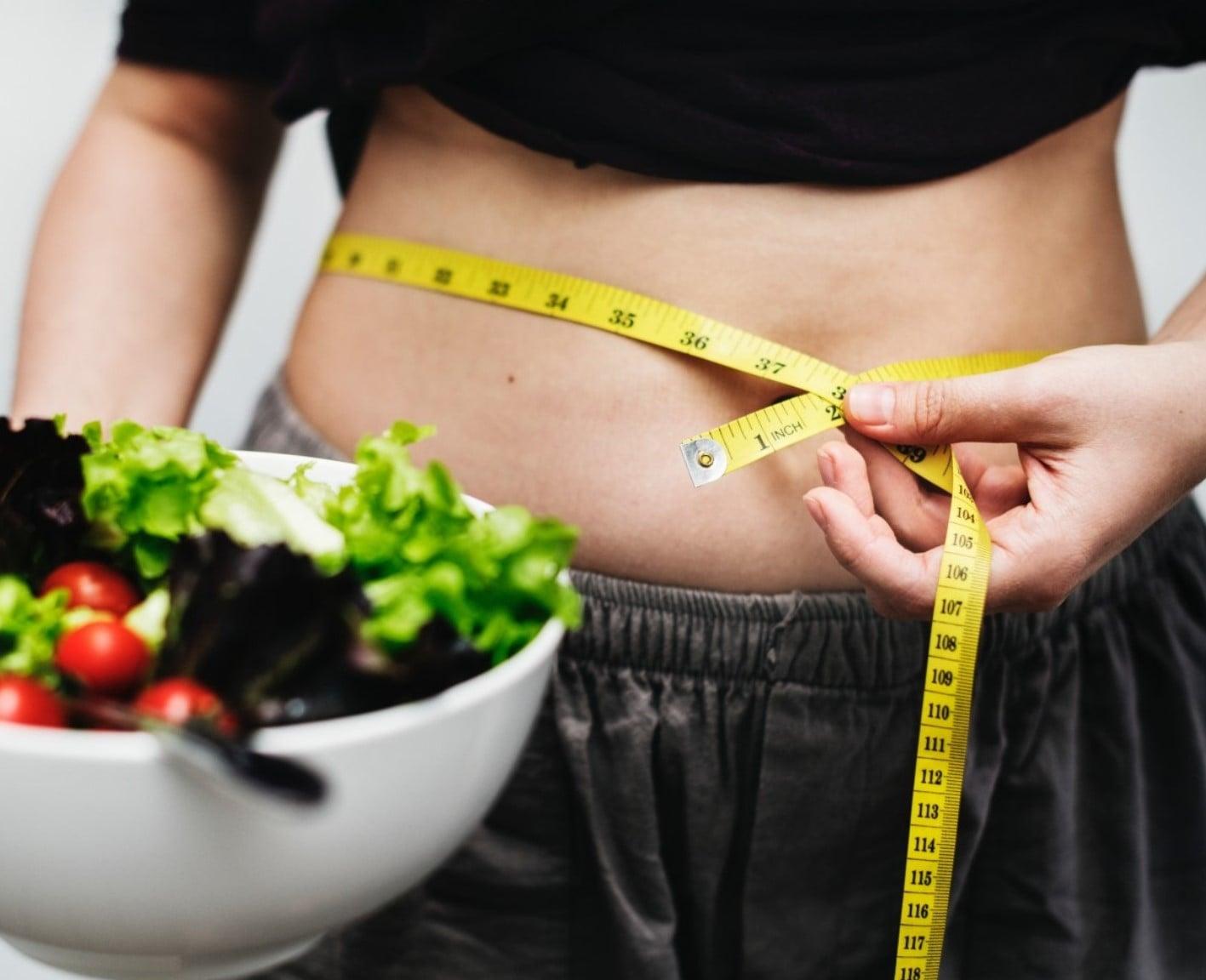 Ośmiu na dziewięciu brytyjskich fitness influencerów podaje niewłaściwe porady dietetyczne