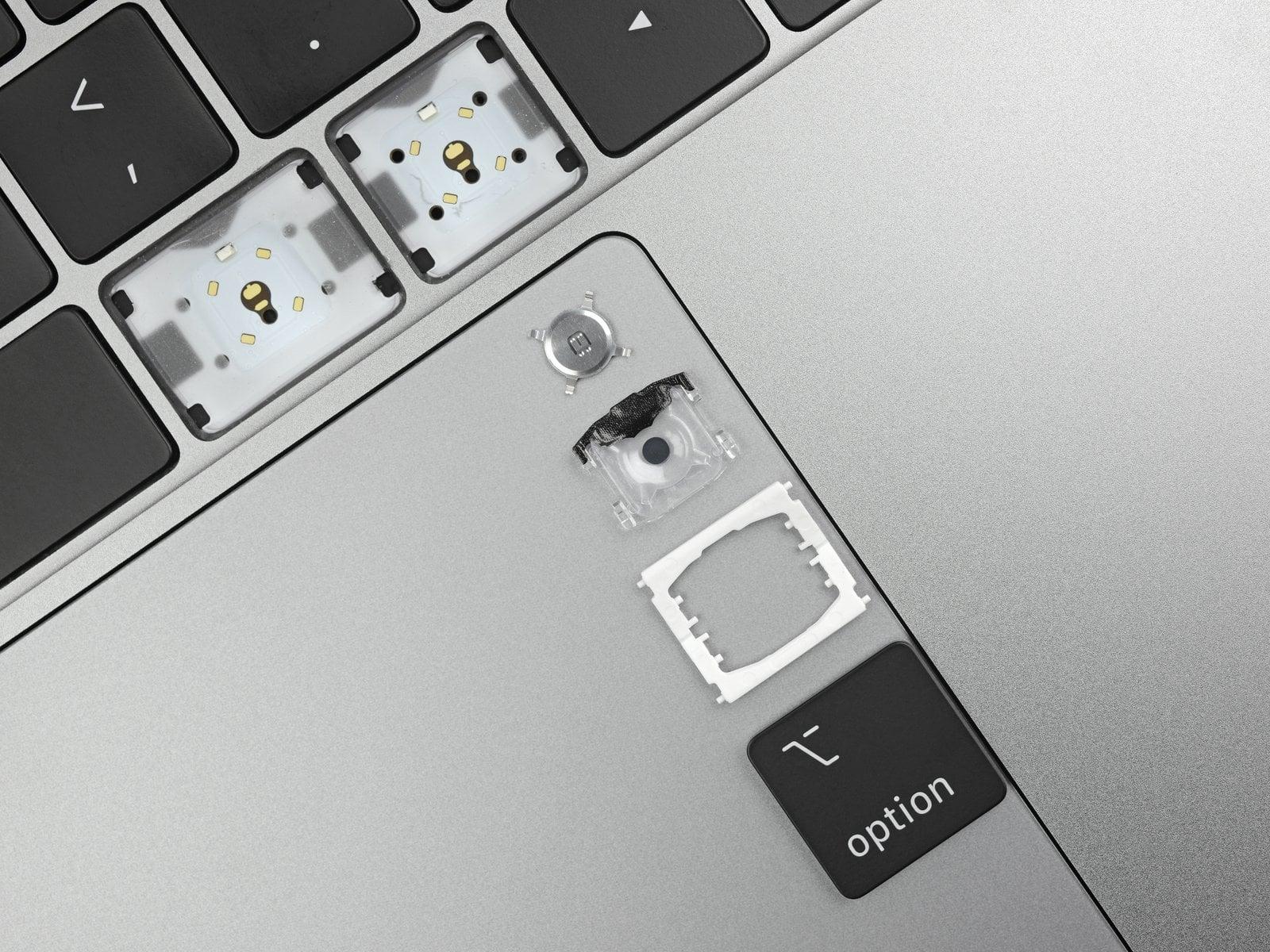 Apple dopieszcza klawiaturę motylkową
