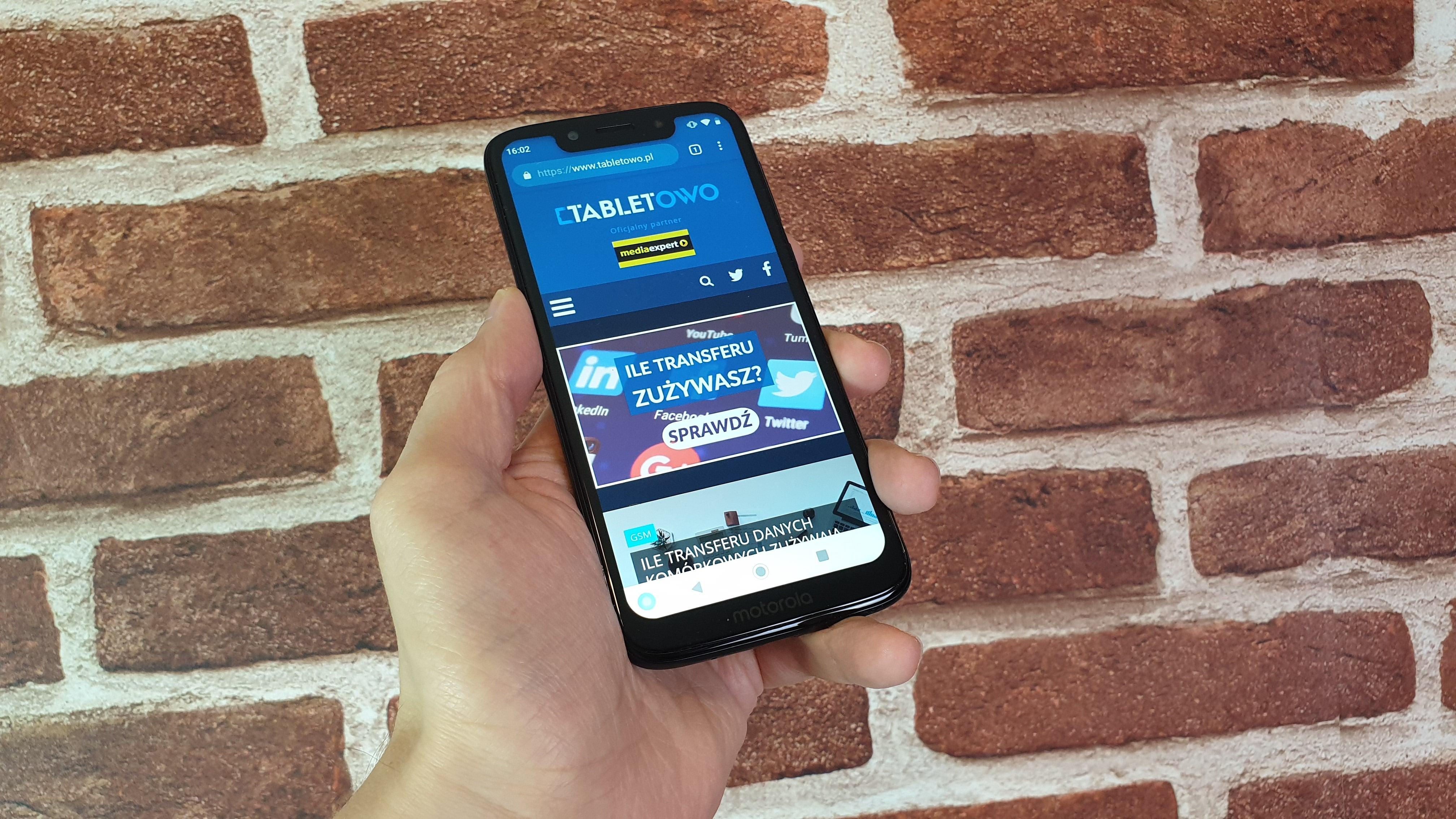 Recenzja Motoroli Moto G7 Play - czy to najlepszy smartfon do 700 złotych? 68