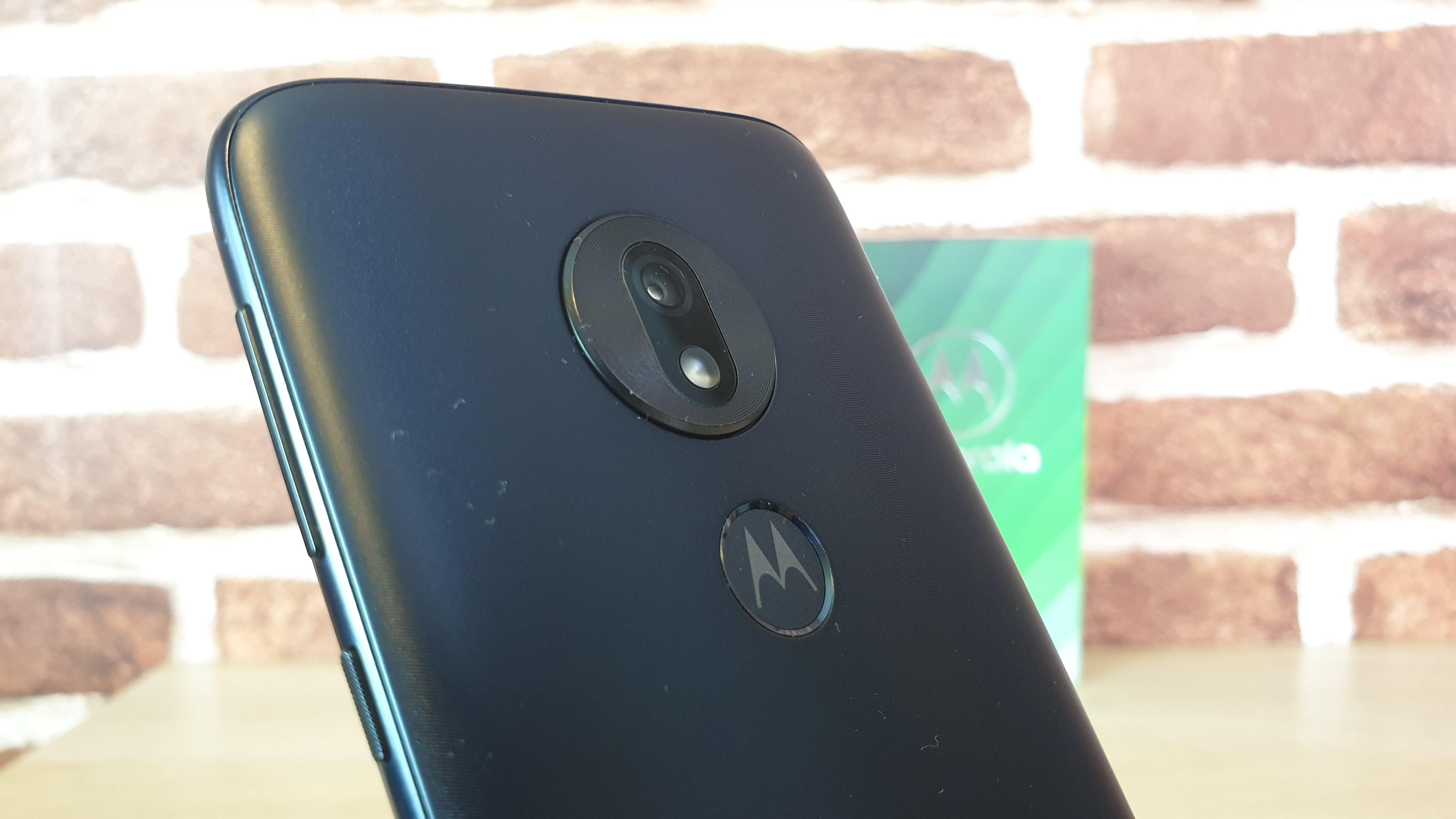 Recenzja Motoroli Moto G7 Play - czy to najlepszy smartfon do 700 złotych? 36