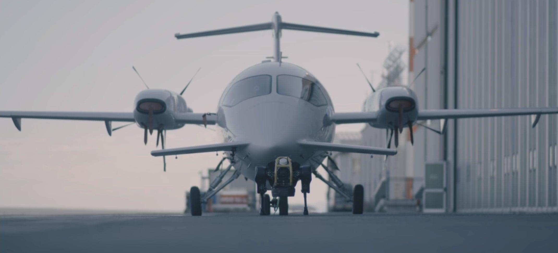 Zakłócenia w kokpicie pilotów z powodu niewyłączonego telefonu na pokładzie samolotu? Zdarza się