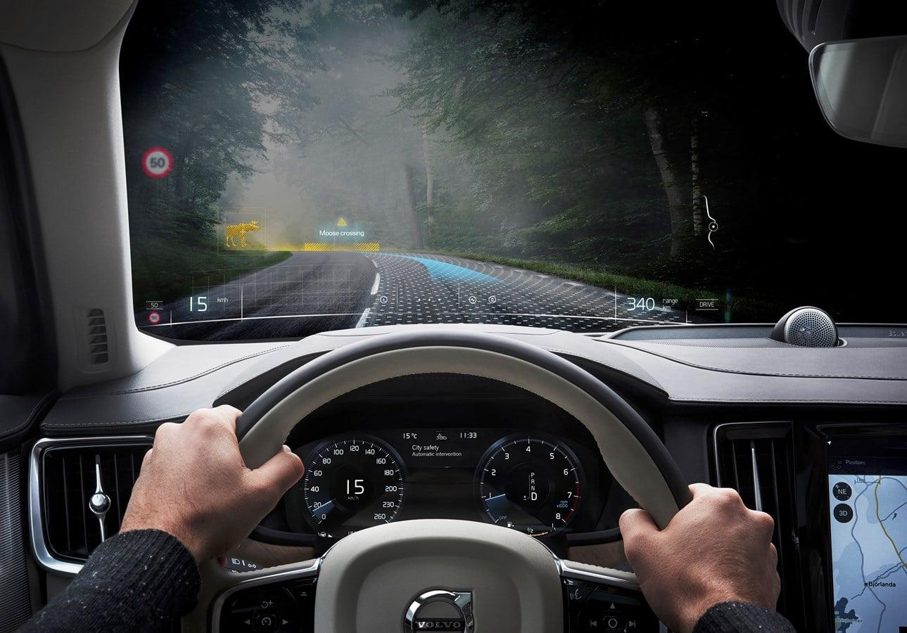 Volvo stawia na rzeczywistość mieszaną 19