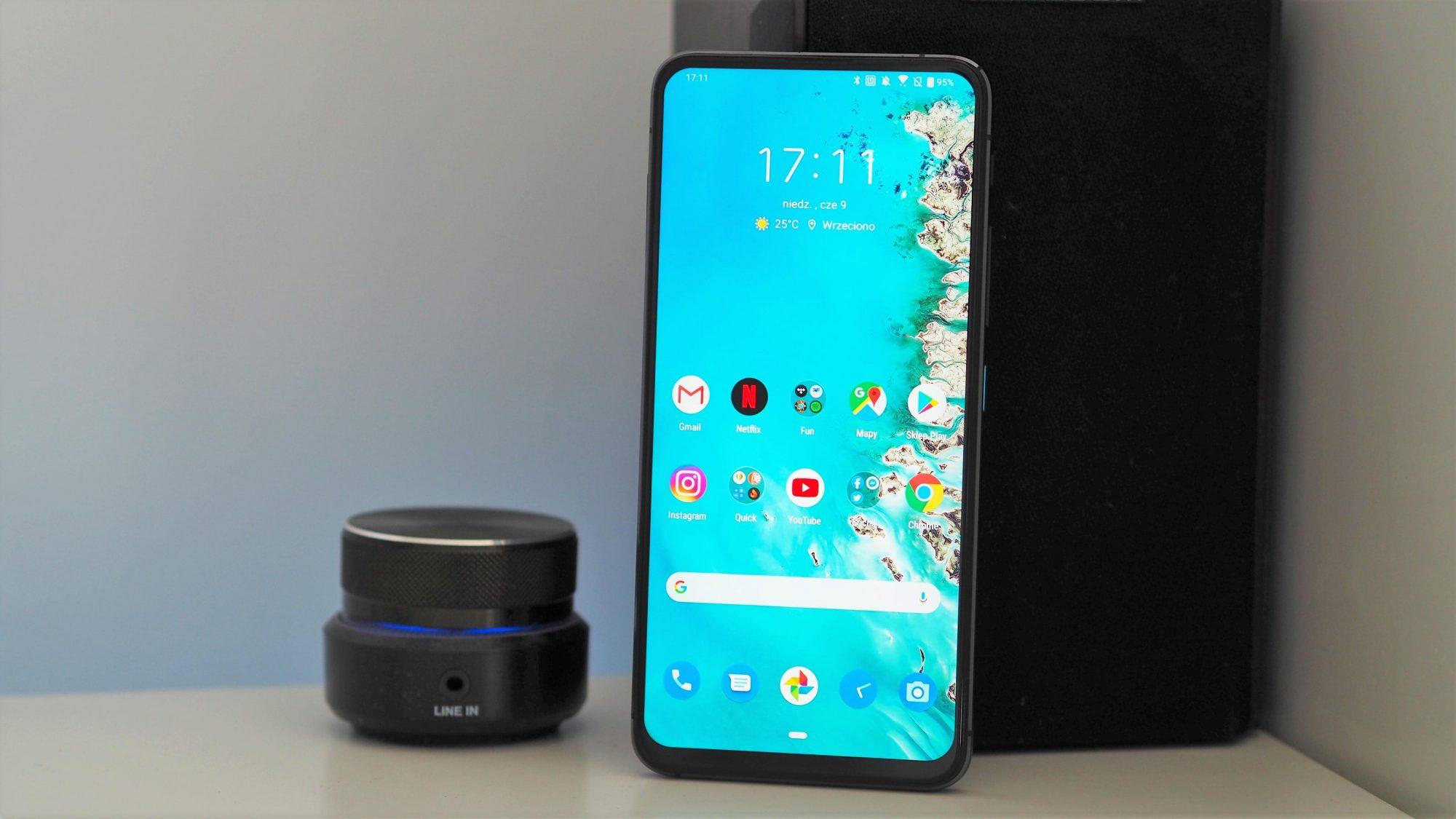 Ależ to będzie świetny smartfon! Asus ZenFone 8 Mini zmiażdży iPhone'a 12 mini