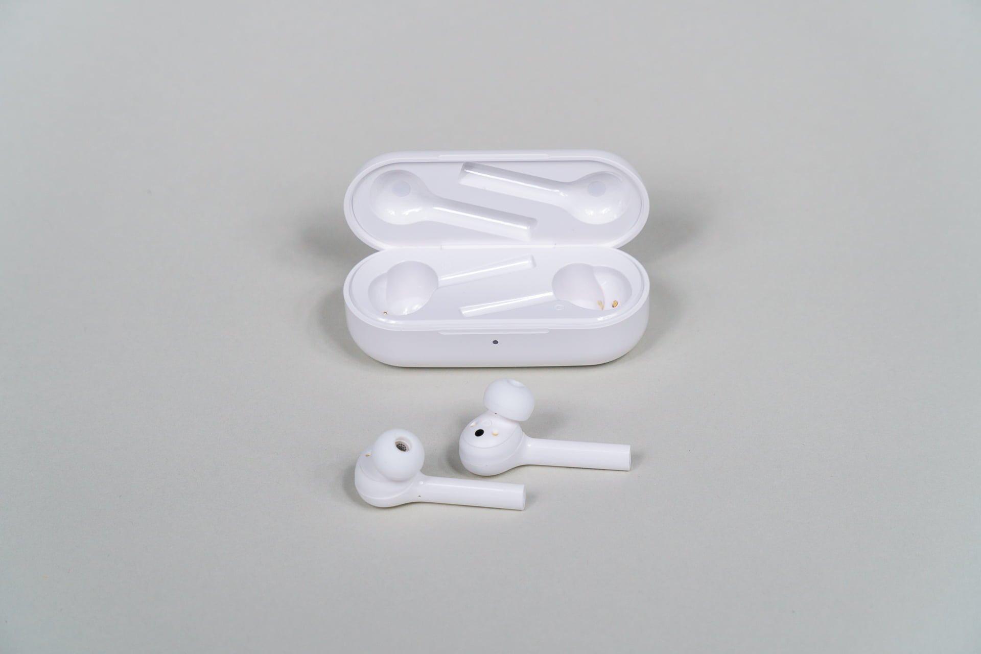 Słuchawki bezprzewodowe Honor FlyPods Lite - doskonałe na wyjazd (recenzja)