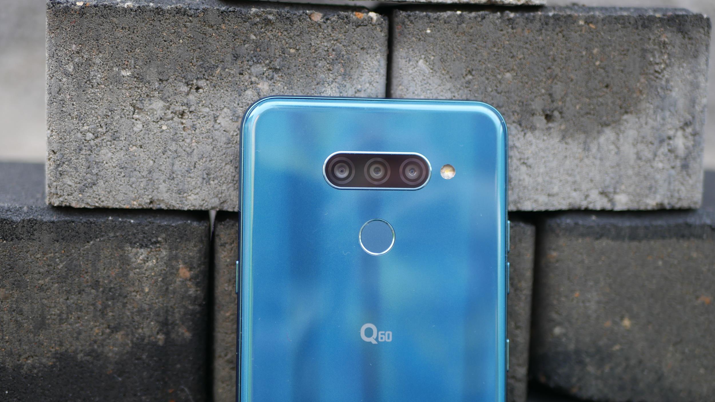 Recenzja LG Q60 - średniaka z niedoróbkami i zbyt wysoką ceną 22
