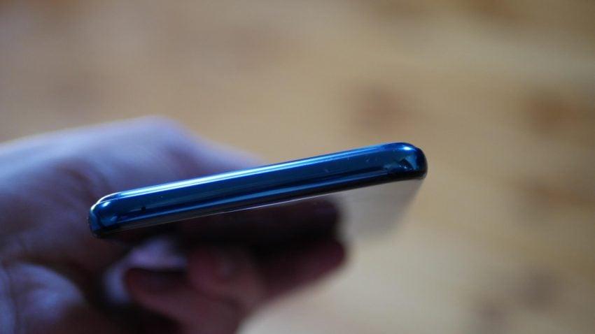 Recenzja LG Q60 - średniaka z niedoróbkami i zbyt wysoką ceną 24