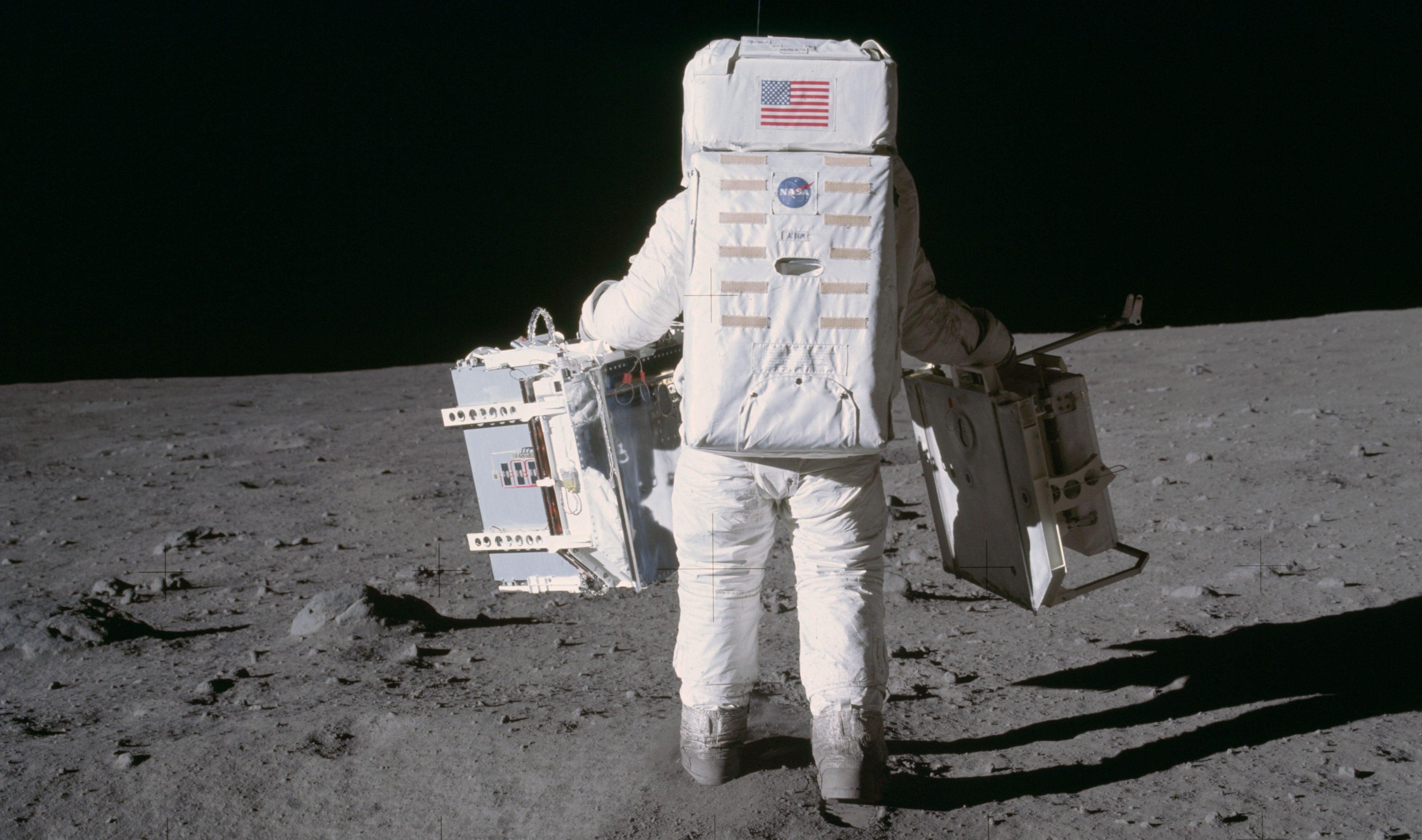 Pół wieku temu człowiek wylądował na księżycu 17
