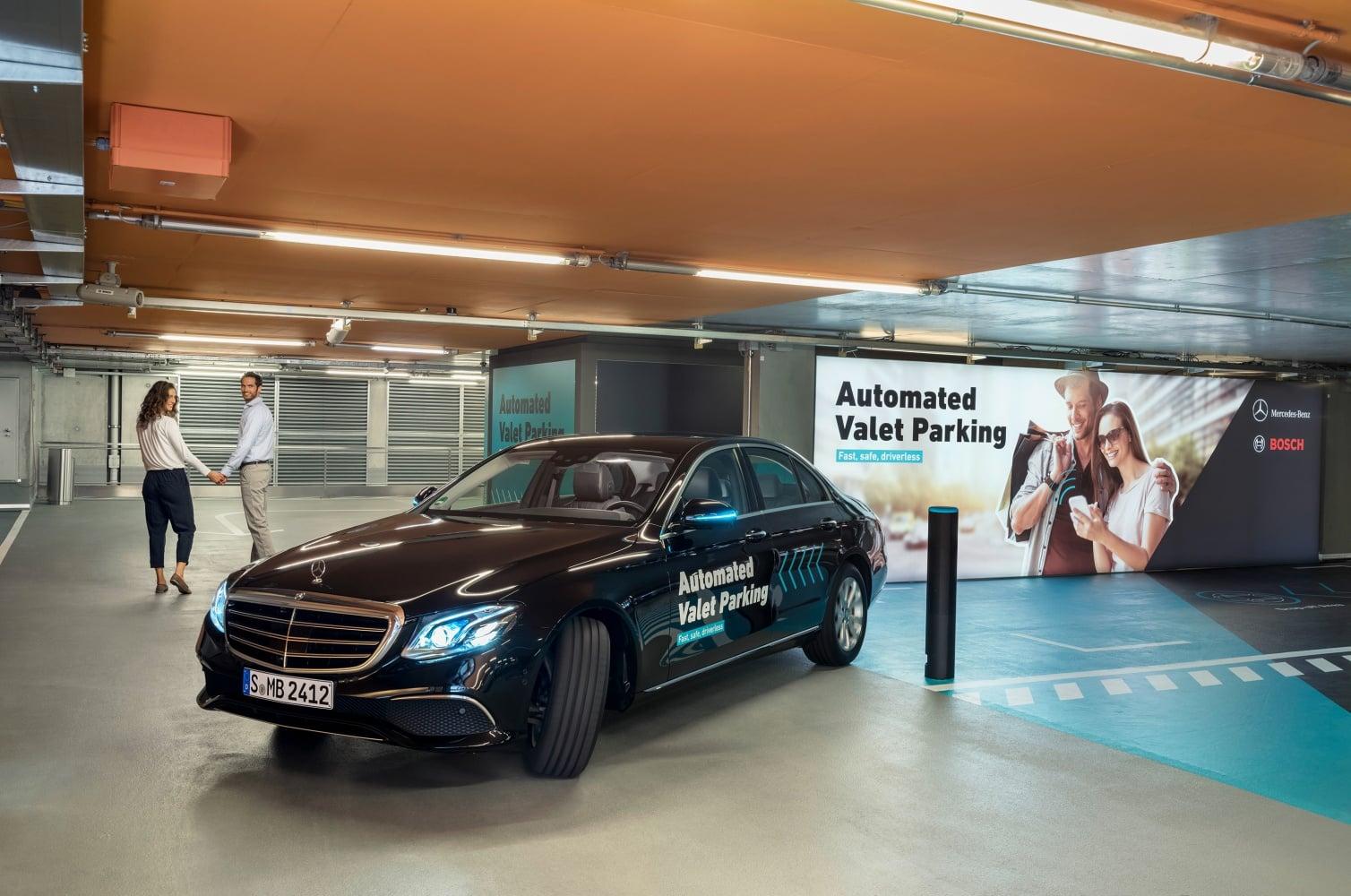 Daimler i Bosch o krok od wprowadzenia w pełni zautomatyzowanych parkingów