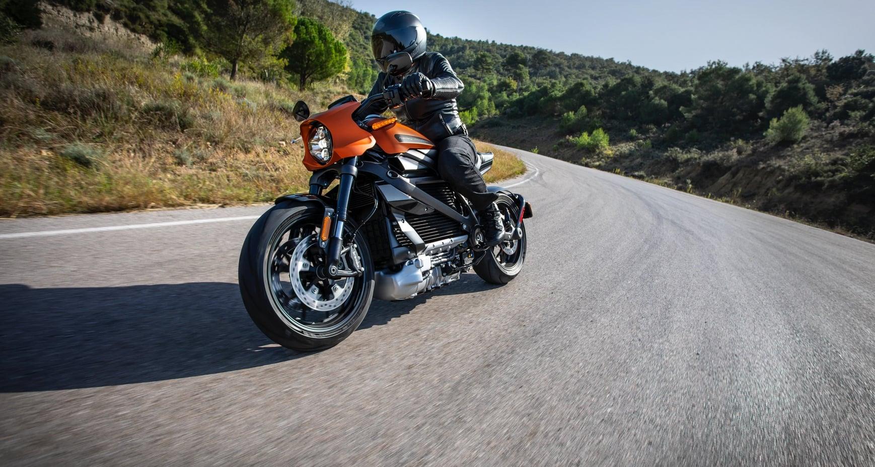 Harley-Davidson chce stworzyć sieć darmowych ładowarek dla swoich klientów 17