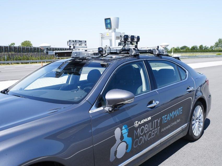 Autonomiczne pojazdy Toyoty wyjadą na europejskie drogi publiczne