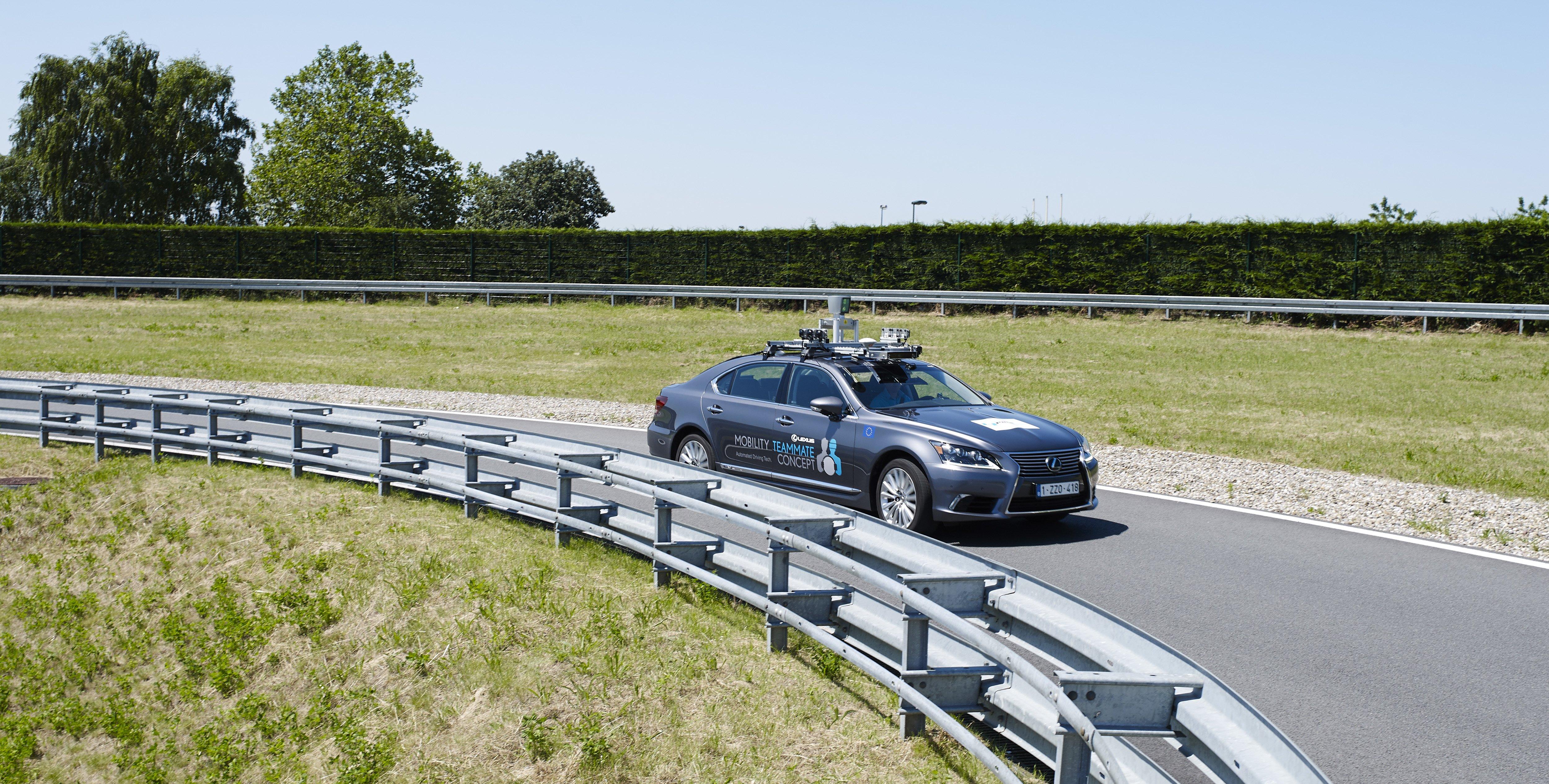 Autonomiczne pojazdy Toyoty wyjadą na europejskie drogi publiczne 29