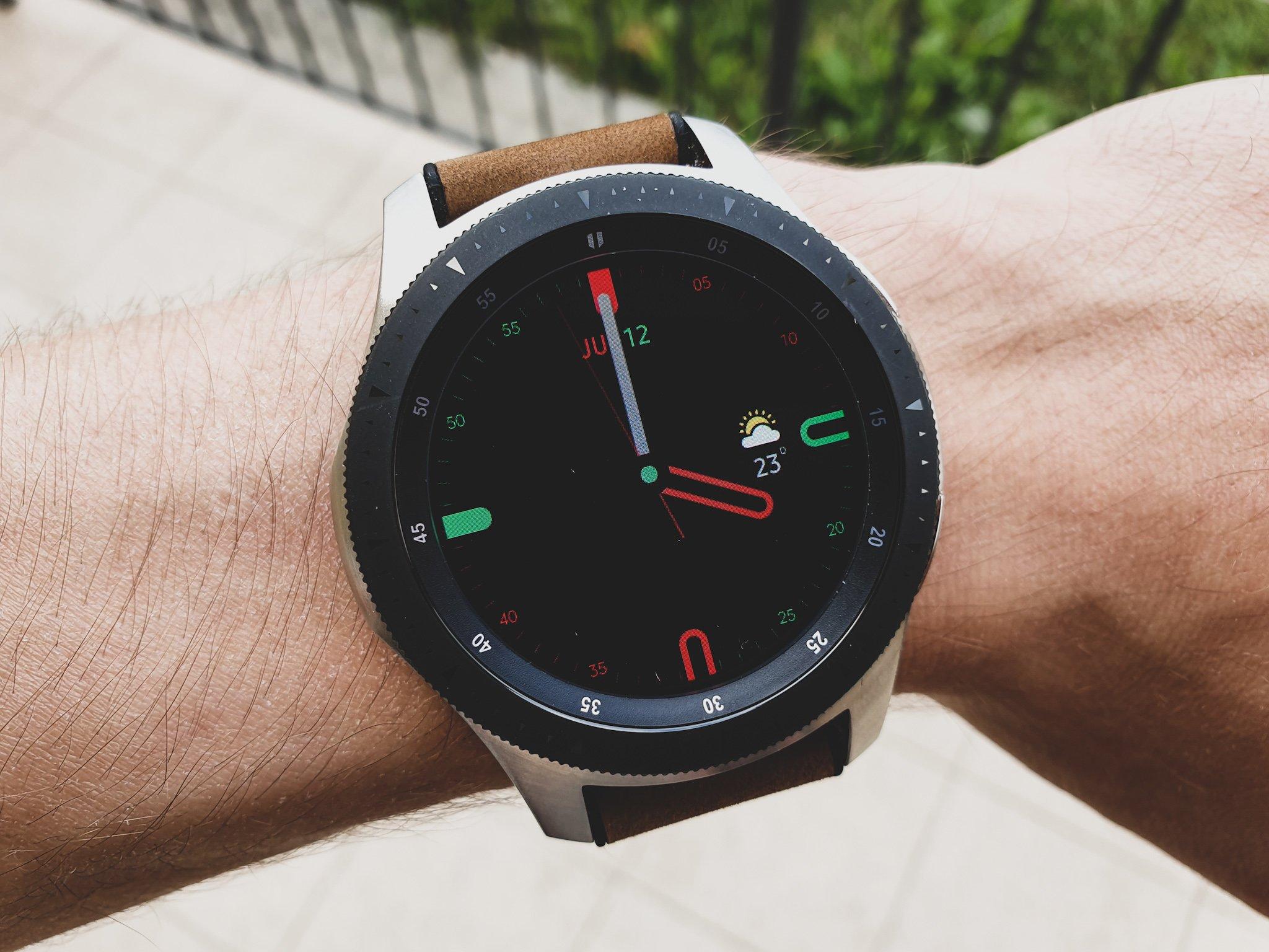 Kolejne tarcze z Galaxy Watch Active dostępne dla starszych zegarków Samsunga 20