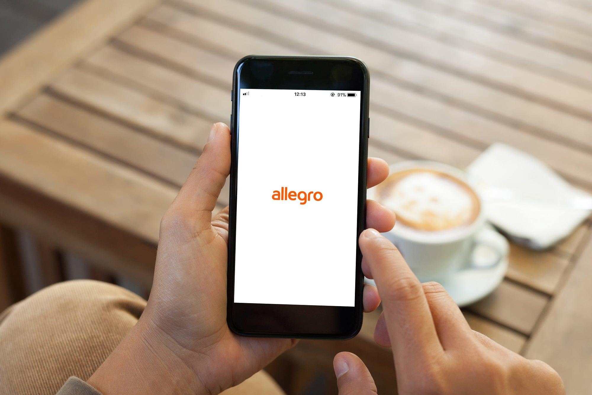 A jednak! Allegro zbuduje własną sieć automatów paczkowych
