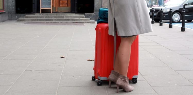 Podróżujący nie będą musieli płacić więcej za roaming w UE.