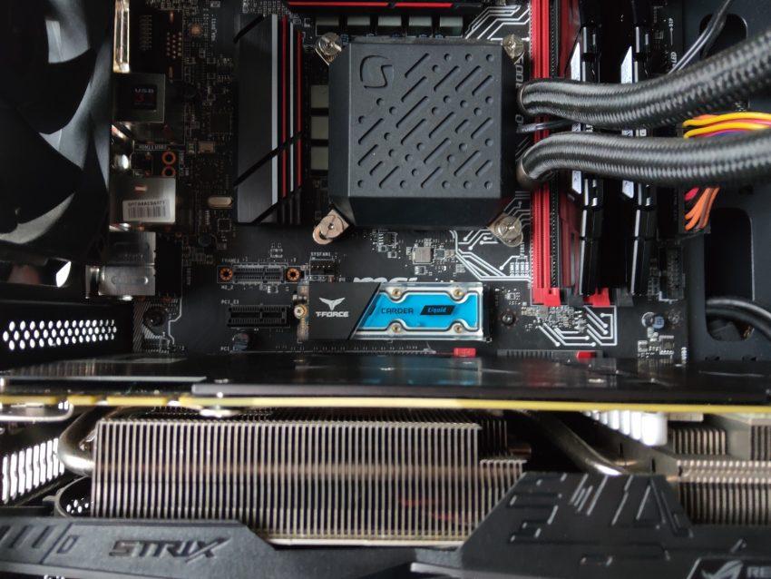 Test dysku SSD M.2 TForce Cardea Liquid - nawet woda nie pomoże