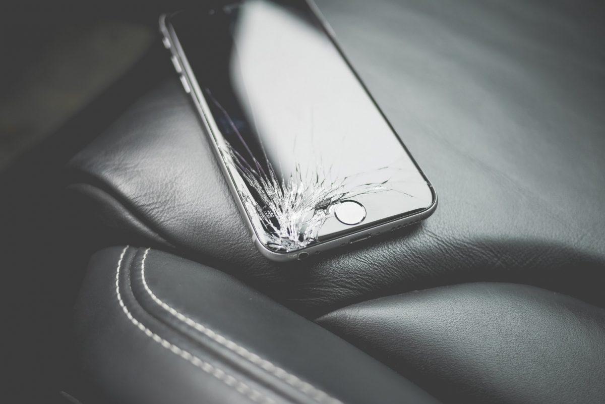 Apple płaciło im za recykling starych iPhone'ów, a oni zamiast tego je sprzedawali