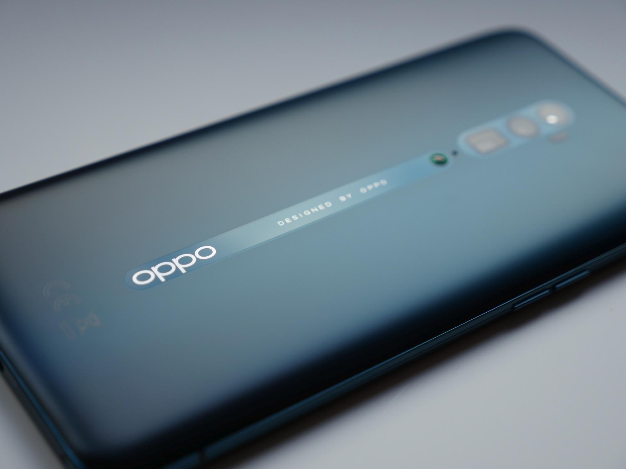 Nowy smartfon Oppo Reno Ace naładujesz prawie 4x szybciej niż iPhone'a 11 Pro