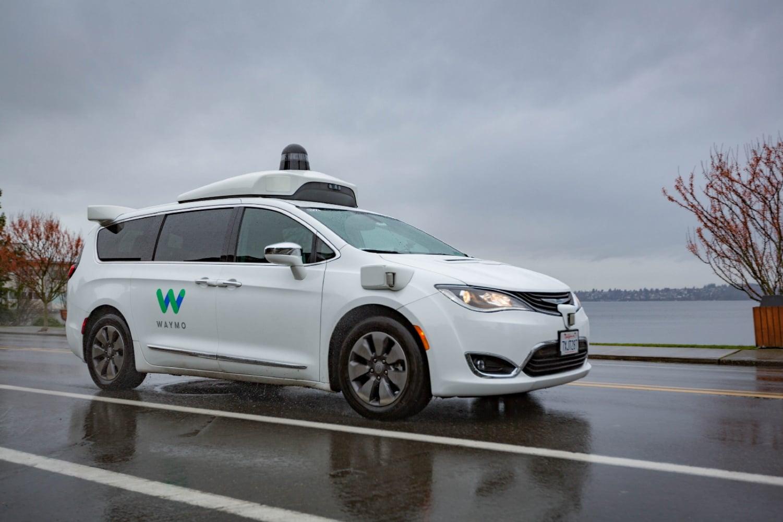 Waymo nauczy autonomiczne samochody działać poprawnie również wdeszczu 20