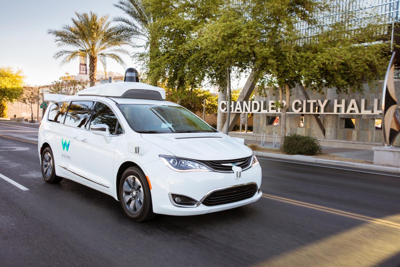 Jak jeżdżą autonomiczne taksówki Waymo? Poznaliśmy opinie pasażerów 20