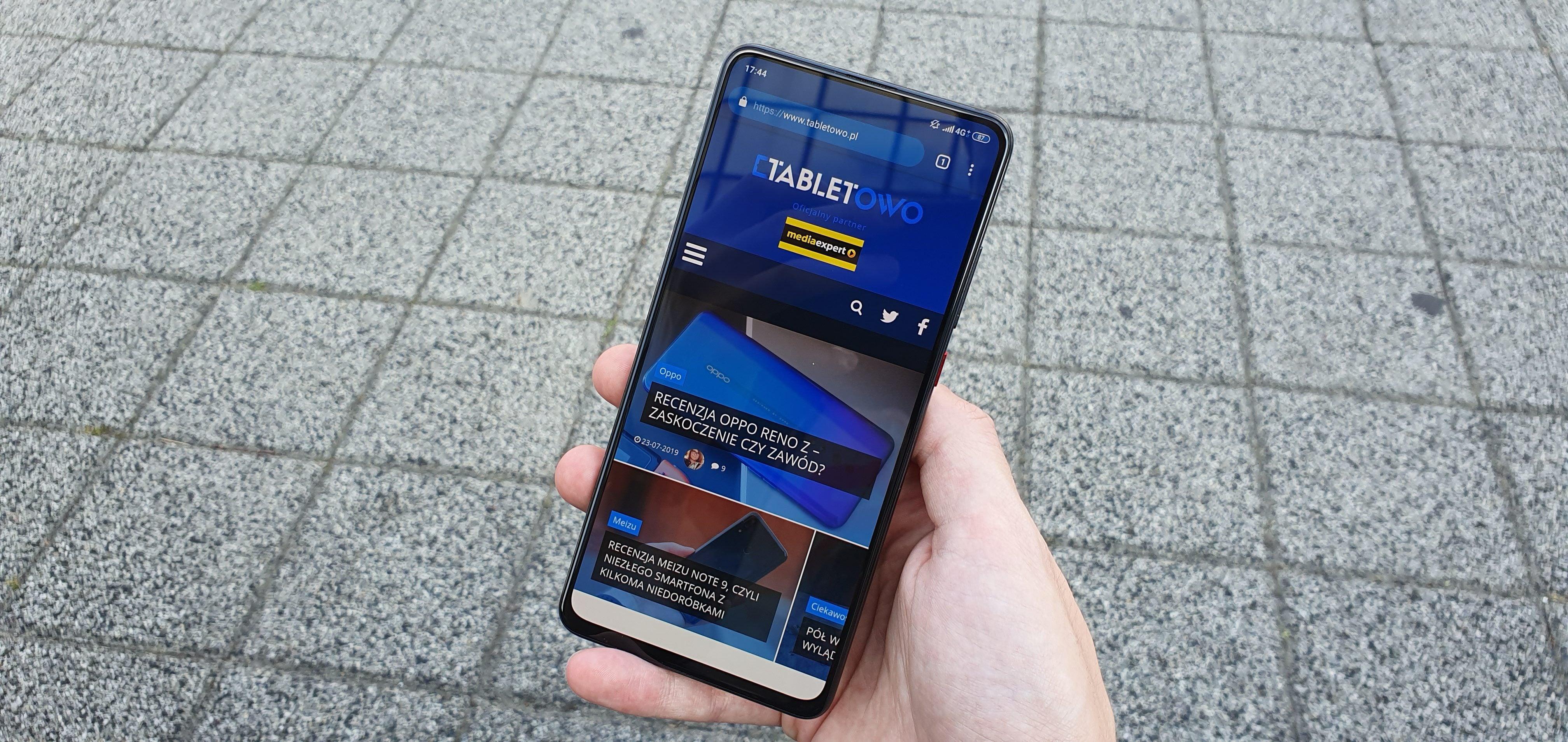 Jaki smartfon do 1600 złotych warto kupić? 21
