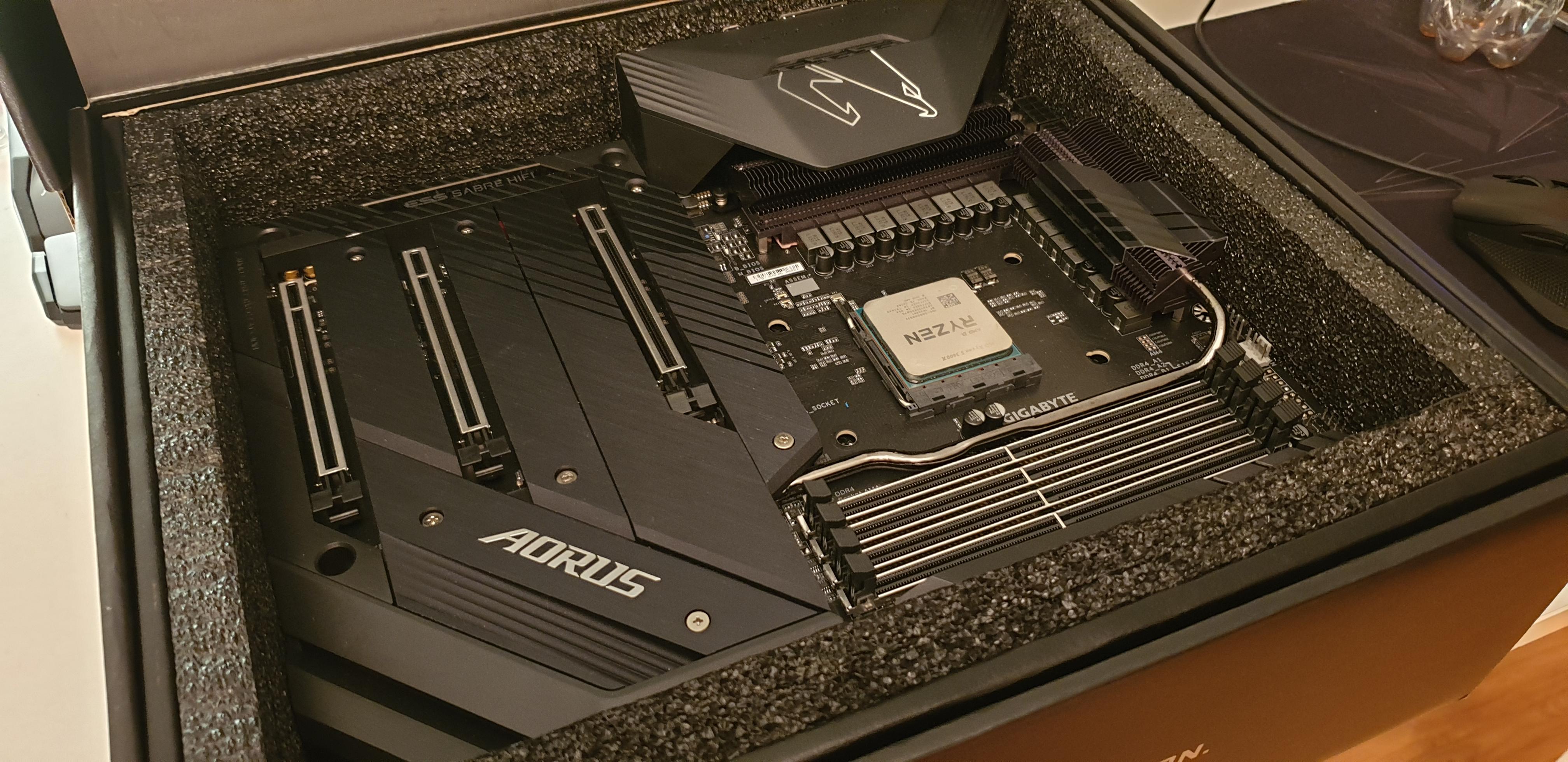 AORUS X570 Xtreme - najlepsza płyta główna pod Ryzena 3. generacji? 24