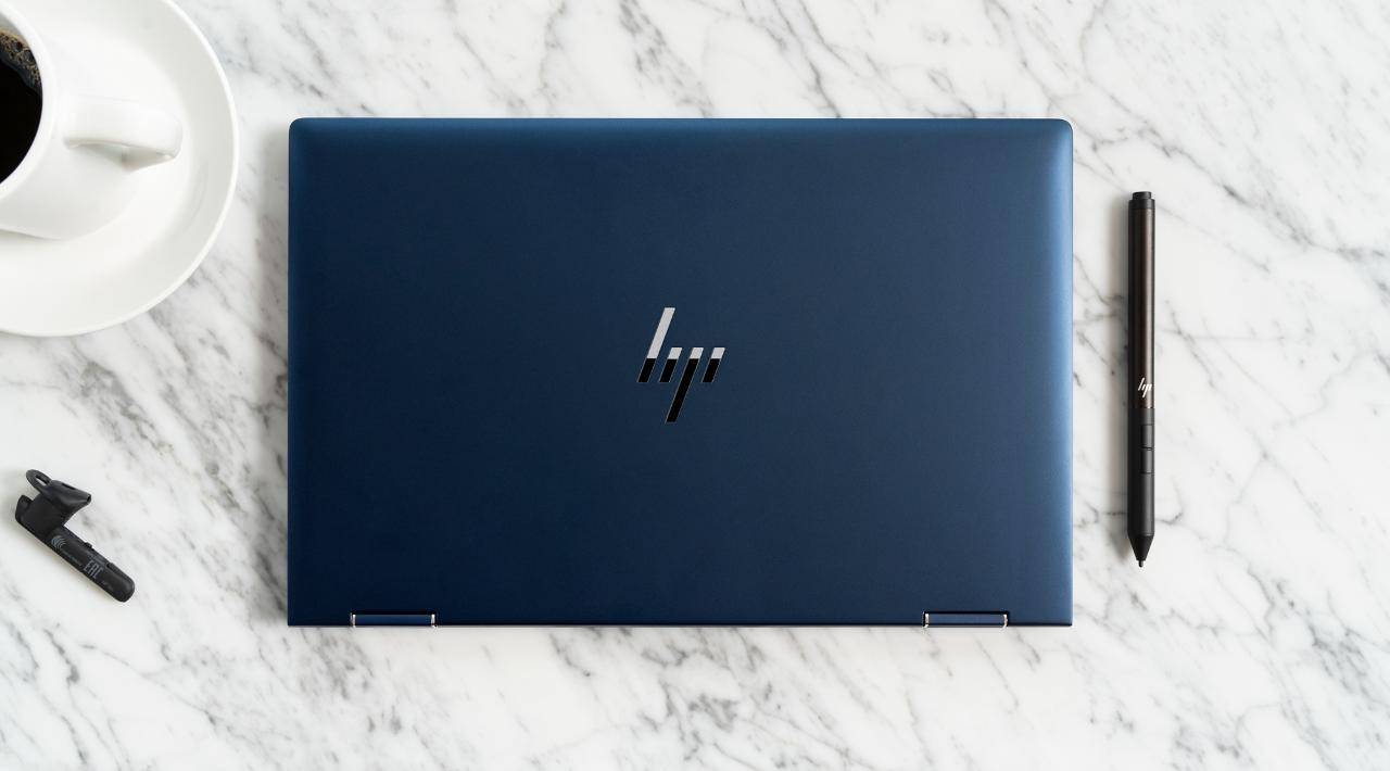 HP Elite Dragonfly to laptop, który wytrzyma aż 24 godziny na jednym ładowaniu
