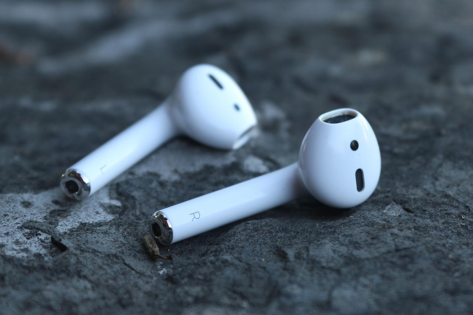 Apple zdominowało rynek bezprzewodowych słuchawek 21