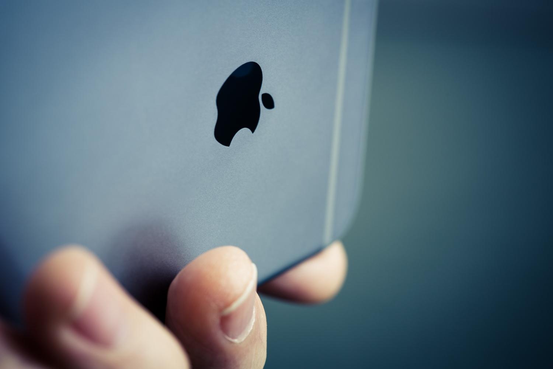 Duchowy następca iPhone'a SE pojawi się w 2020 roku 19