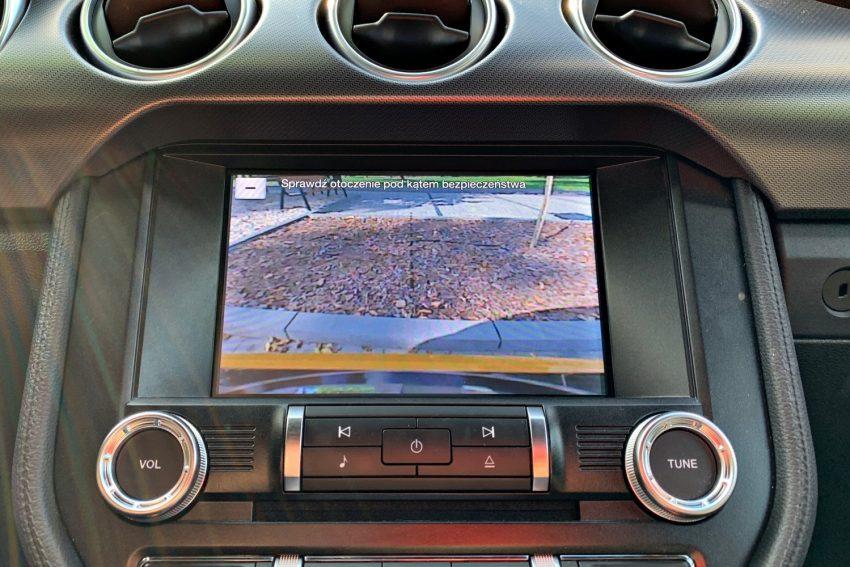 Ford Mustang - nie tylko ogromna moc, ale także nowoczesna technologia (test)
