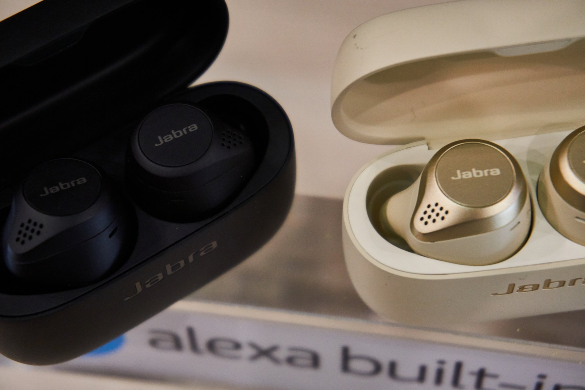 Jabra Elite 75t zmierzają w stronę perfekcji - mniejsze wymiary, większa bateria