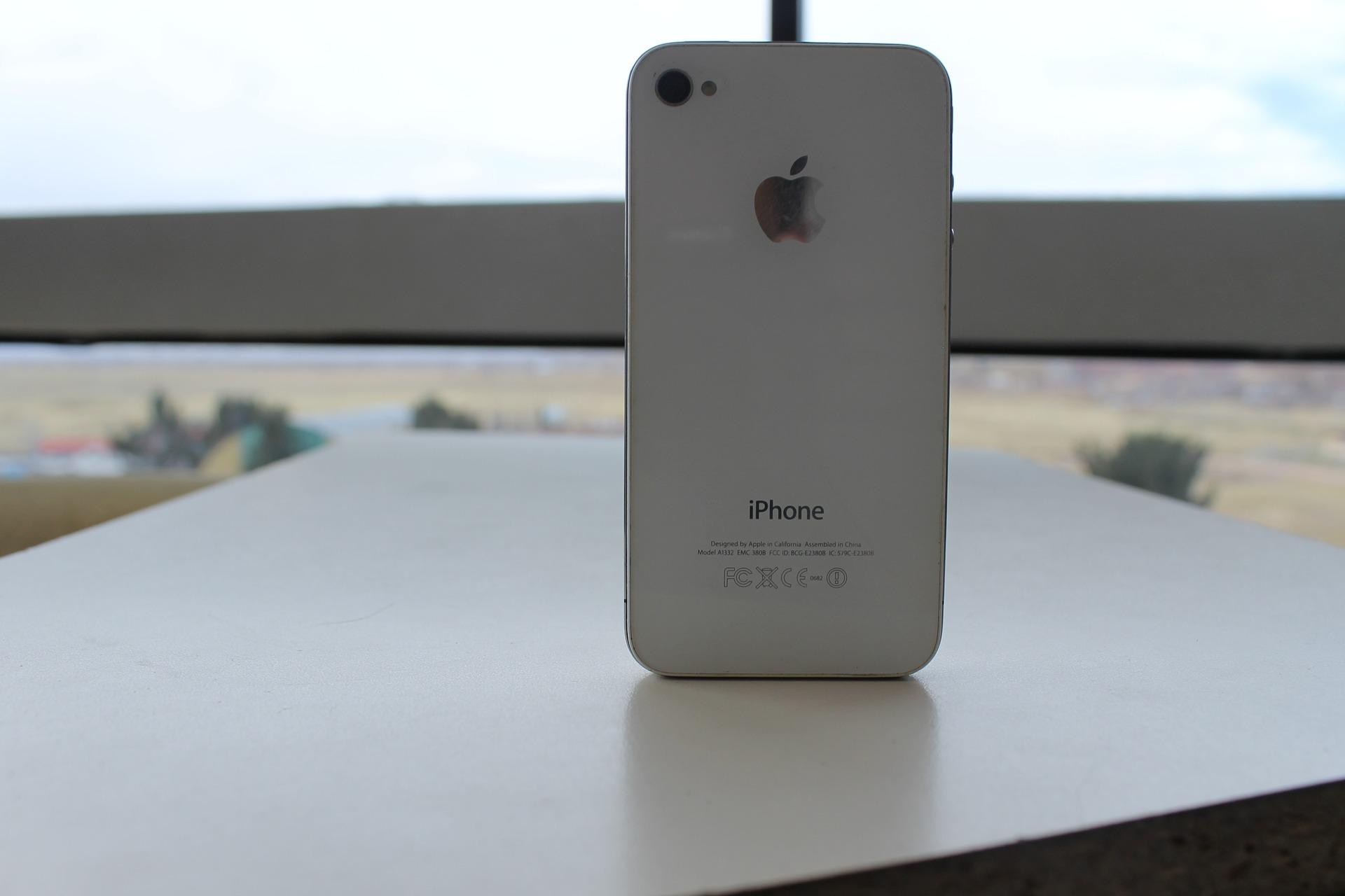 smartfon iPhone 4