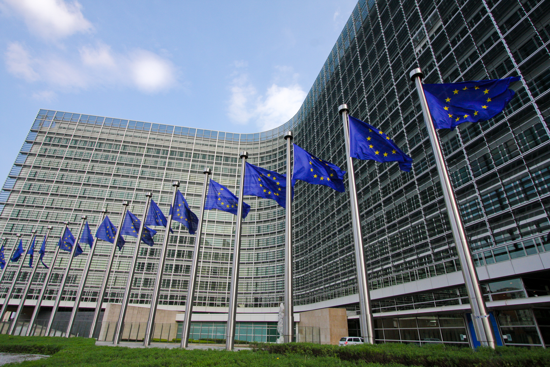 Komisja Europejska proponuje zmiany w roamingu w krajach UE