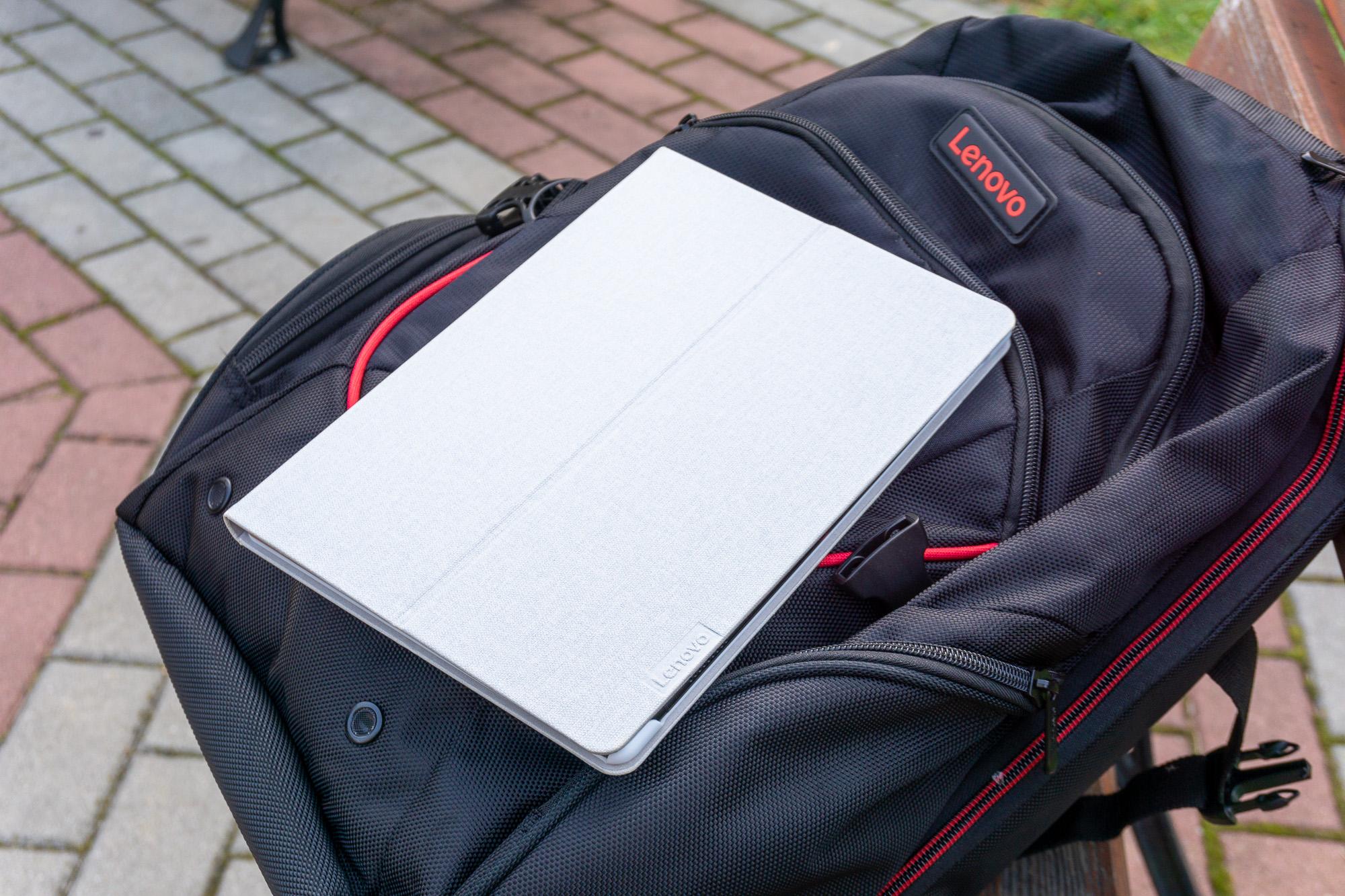 Co wybrać dla ucznia: laptop czy tablet? 24