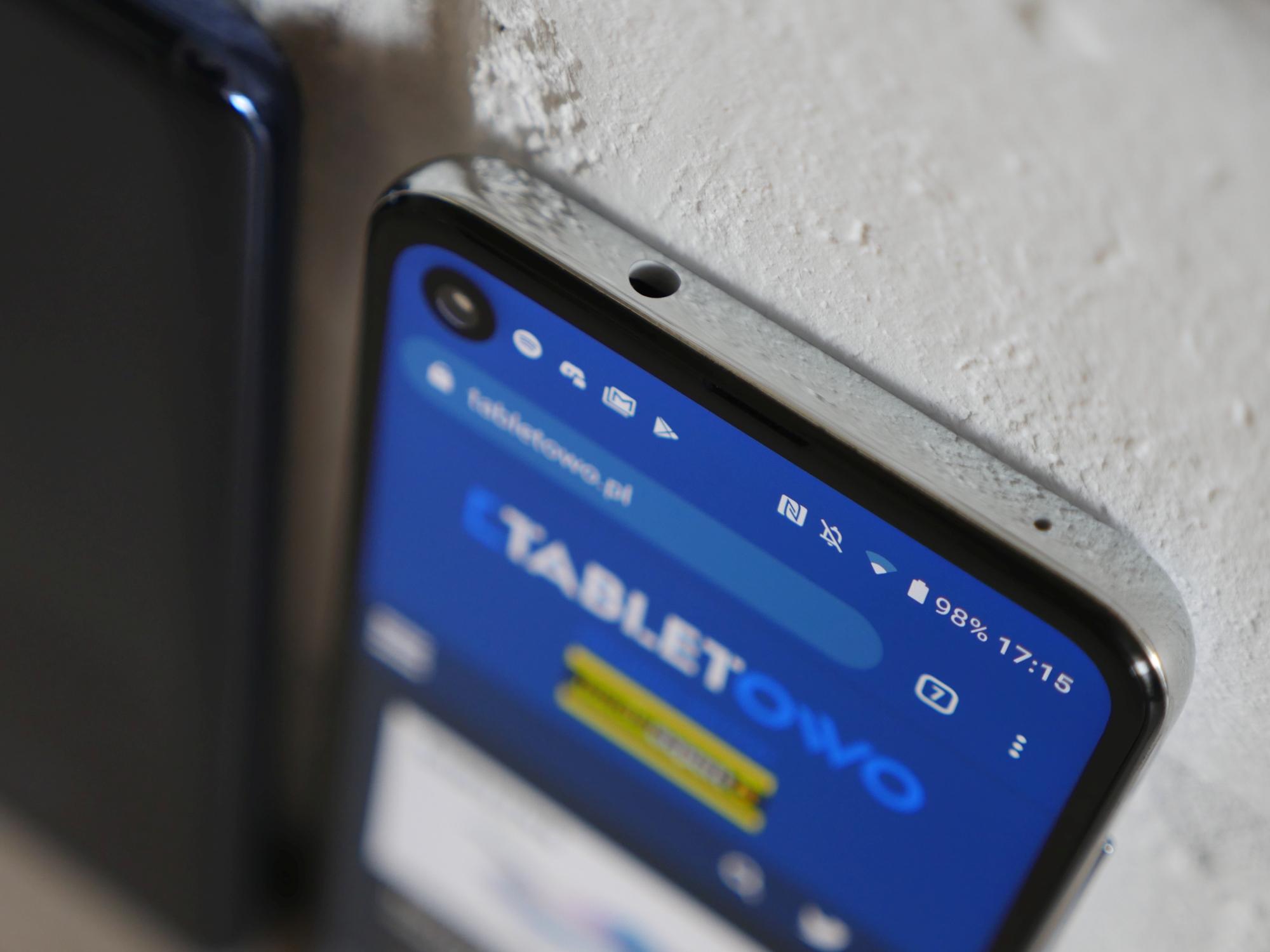 Jaki smartfon do 1200 złotych warto kupić? (listopad 2019)