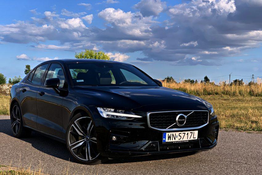 Nowe Volvo S60. Dotykowy ekran w samochodzie - czy to w ogóle się sprawdza?