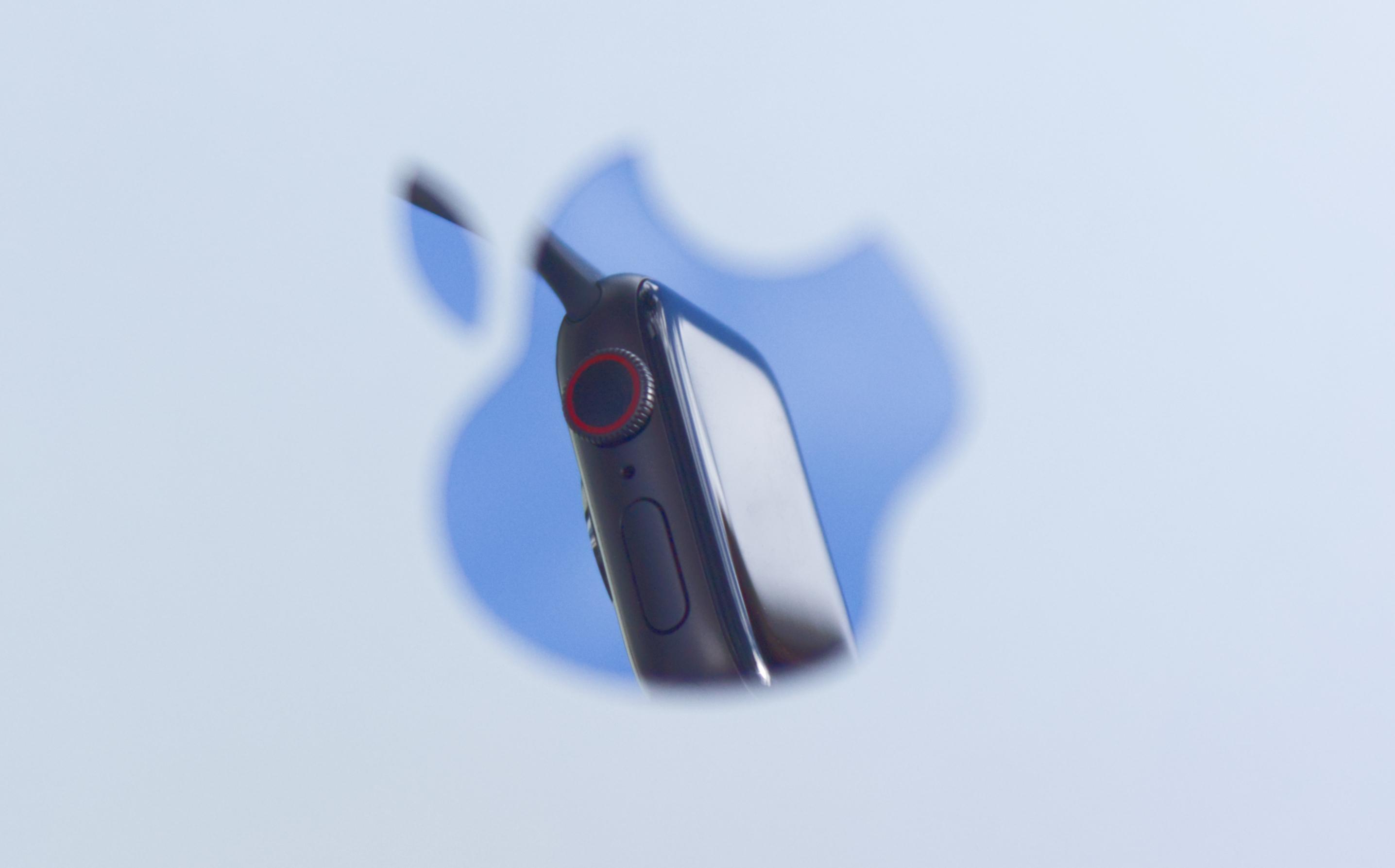 Apple zdominowało rynek smartwatchy. Wzrosty mimo koronawirusa 23