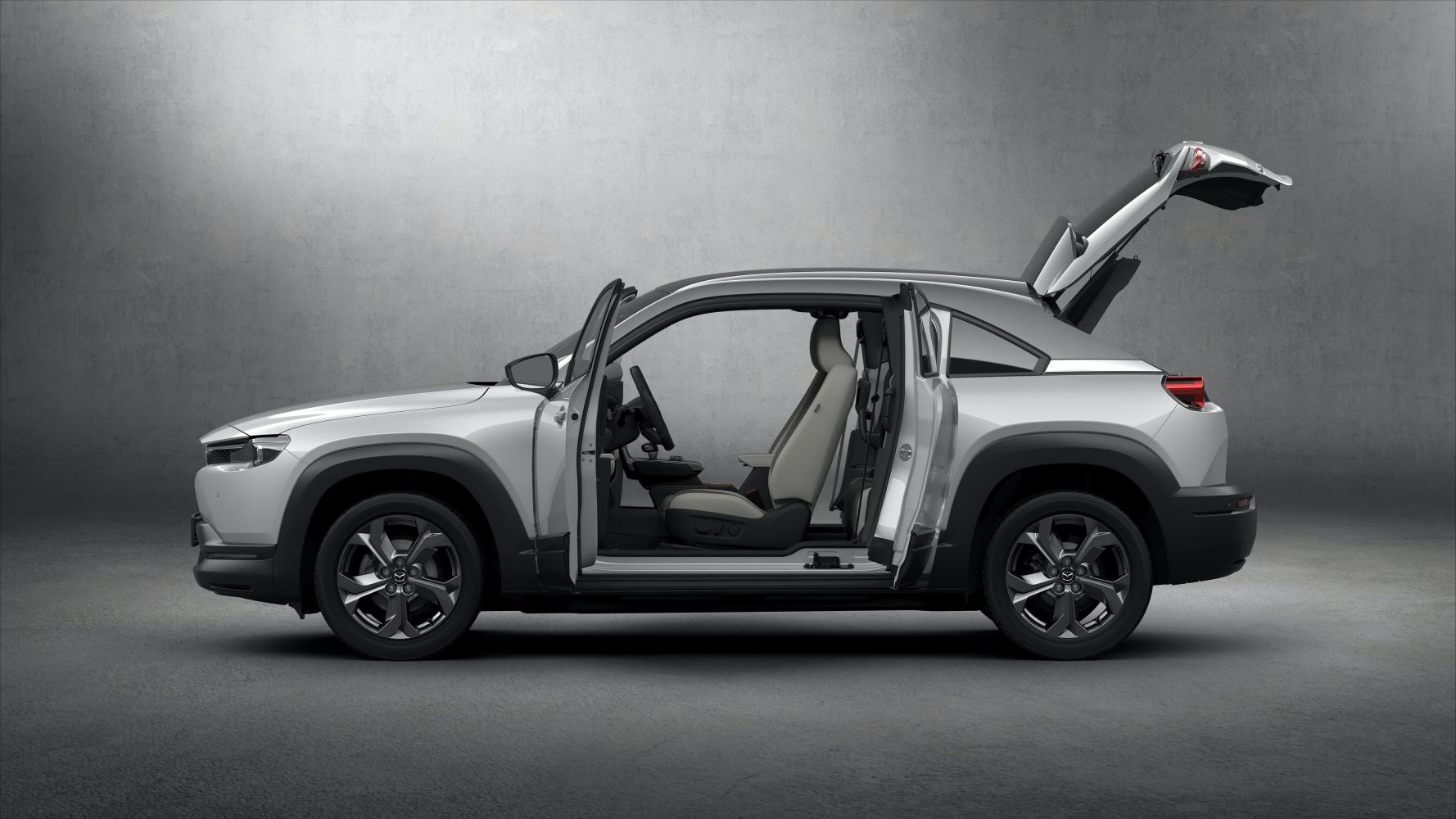 Mazda MX-30 – pierwszy elektryk w ofercie producenta. Poznaliśmy zasięg i cenę 20