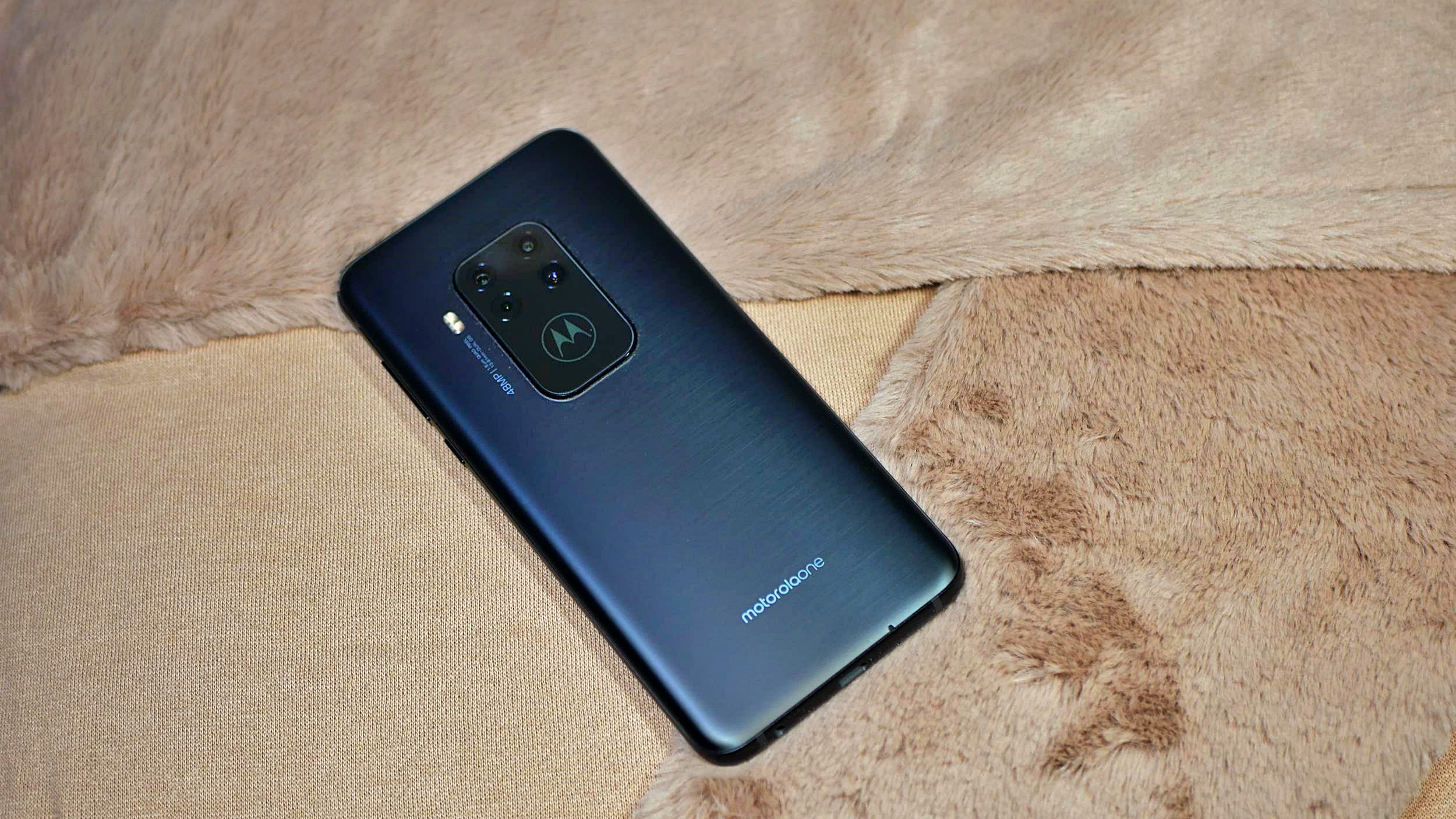 Recenzja Motorola Moto One Zoom