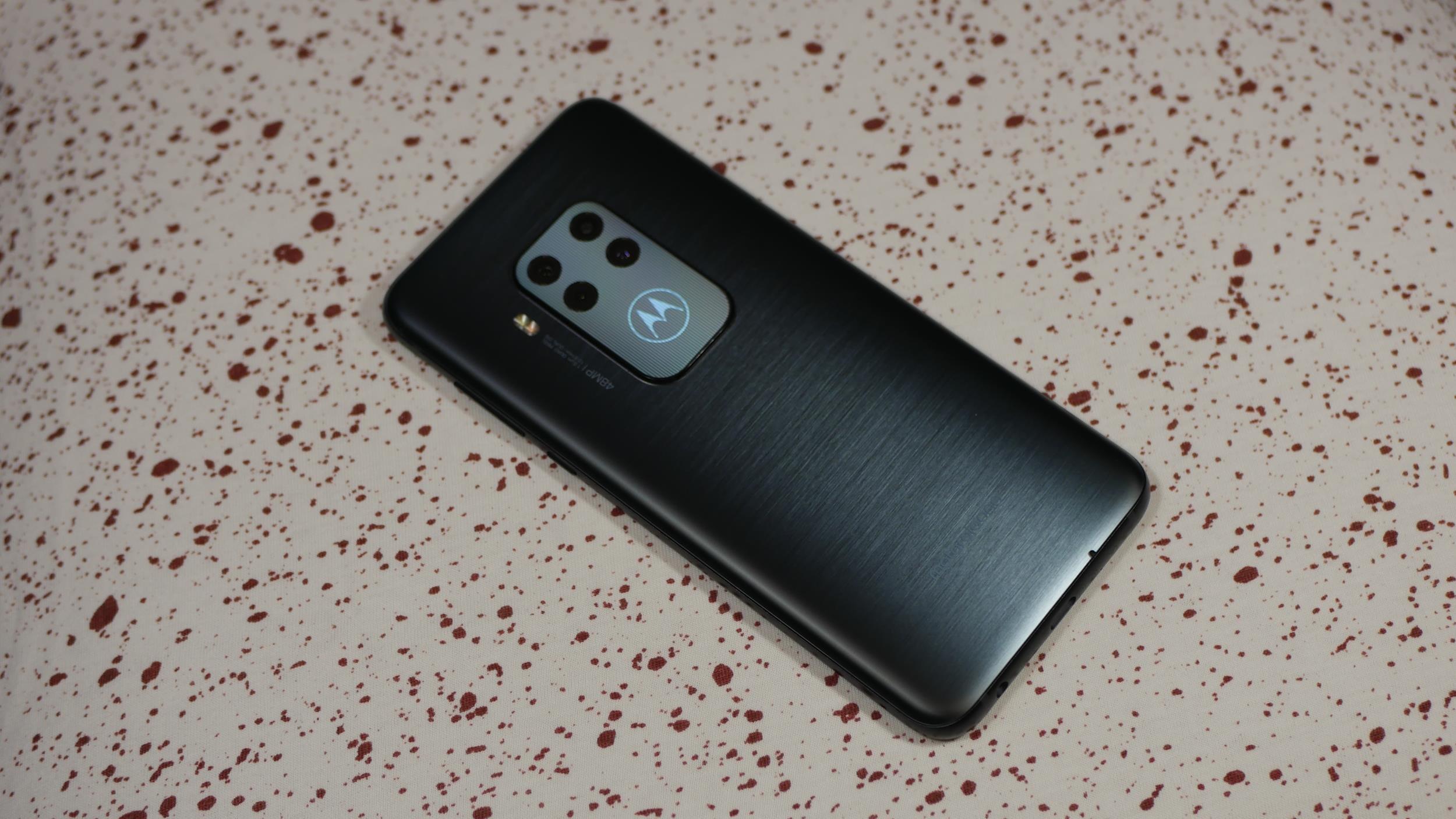 Jaki smartfon do 2000 złotych kupić? (styczeń 2020) 22